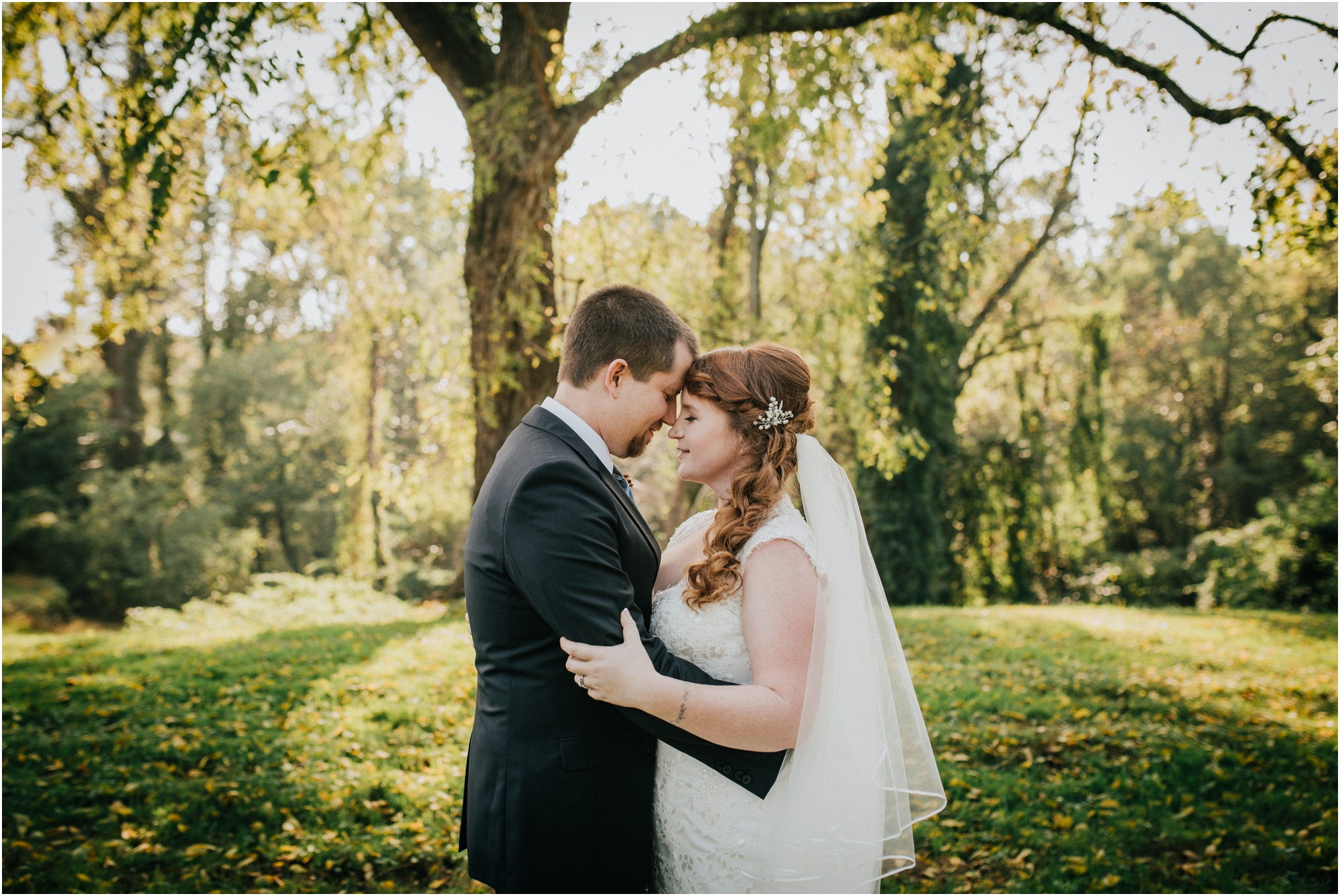 Fall-gem-stone-earthy-succulent-mount-airy-mansion-wedding-tennessee-elopement-photographer_0042.jpg