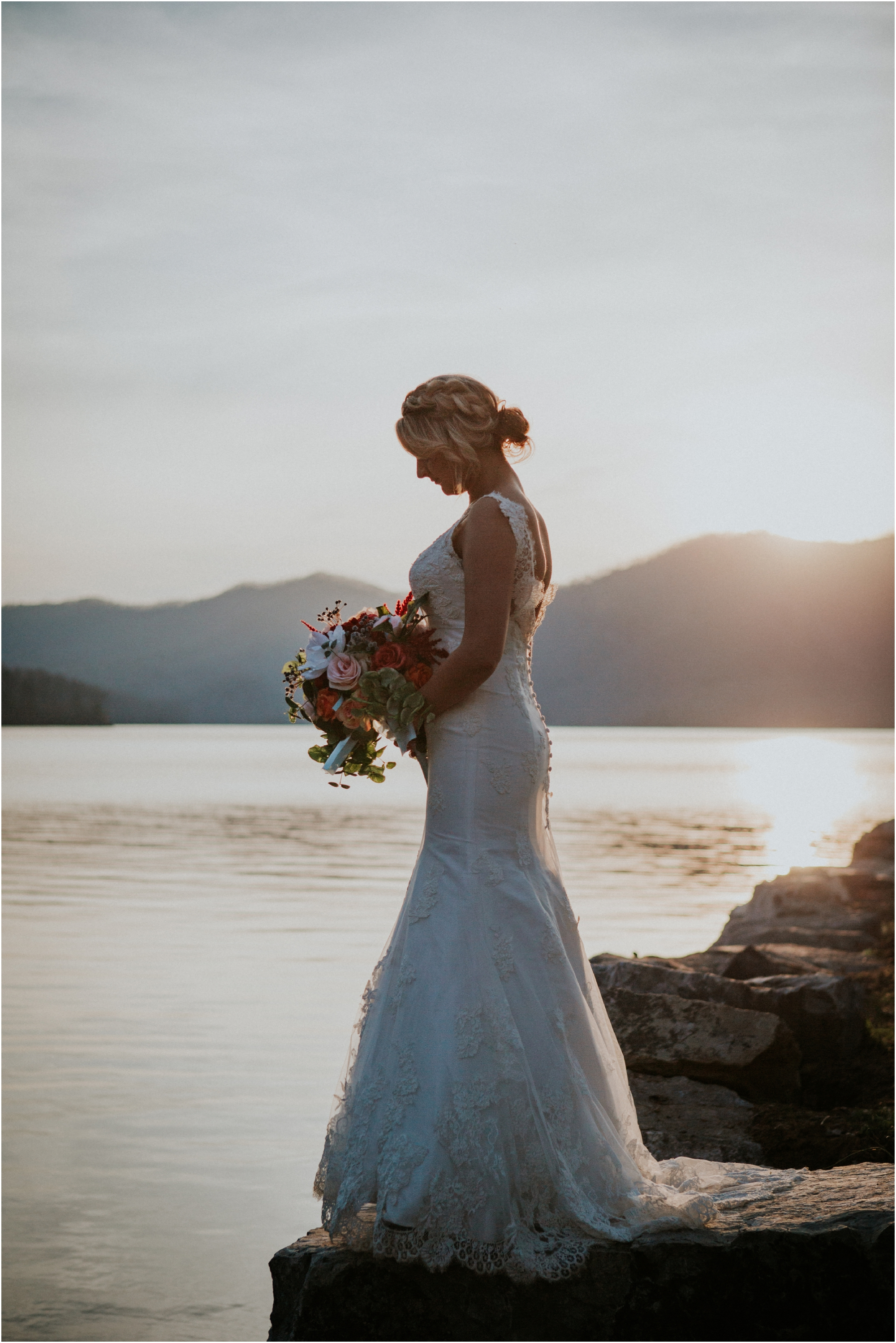 watauga-lake--bohemian-bridal-styled-session-northeast-tennessee-wedding-elopement-photography_0011.jpg