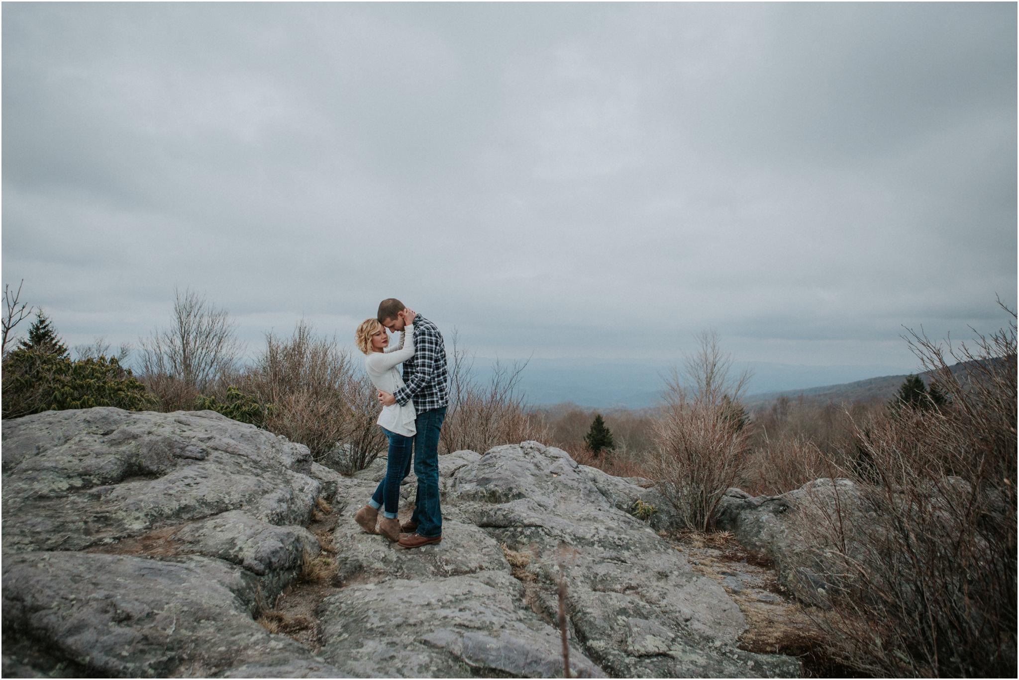 grayson-highlands-engagement-session-foggy-mountain-rustic-appalachian-virginia-katy-sergent-photography_0012.jpg