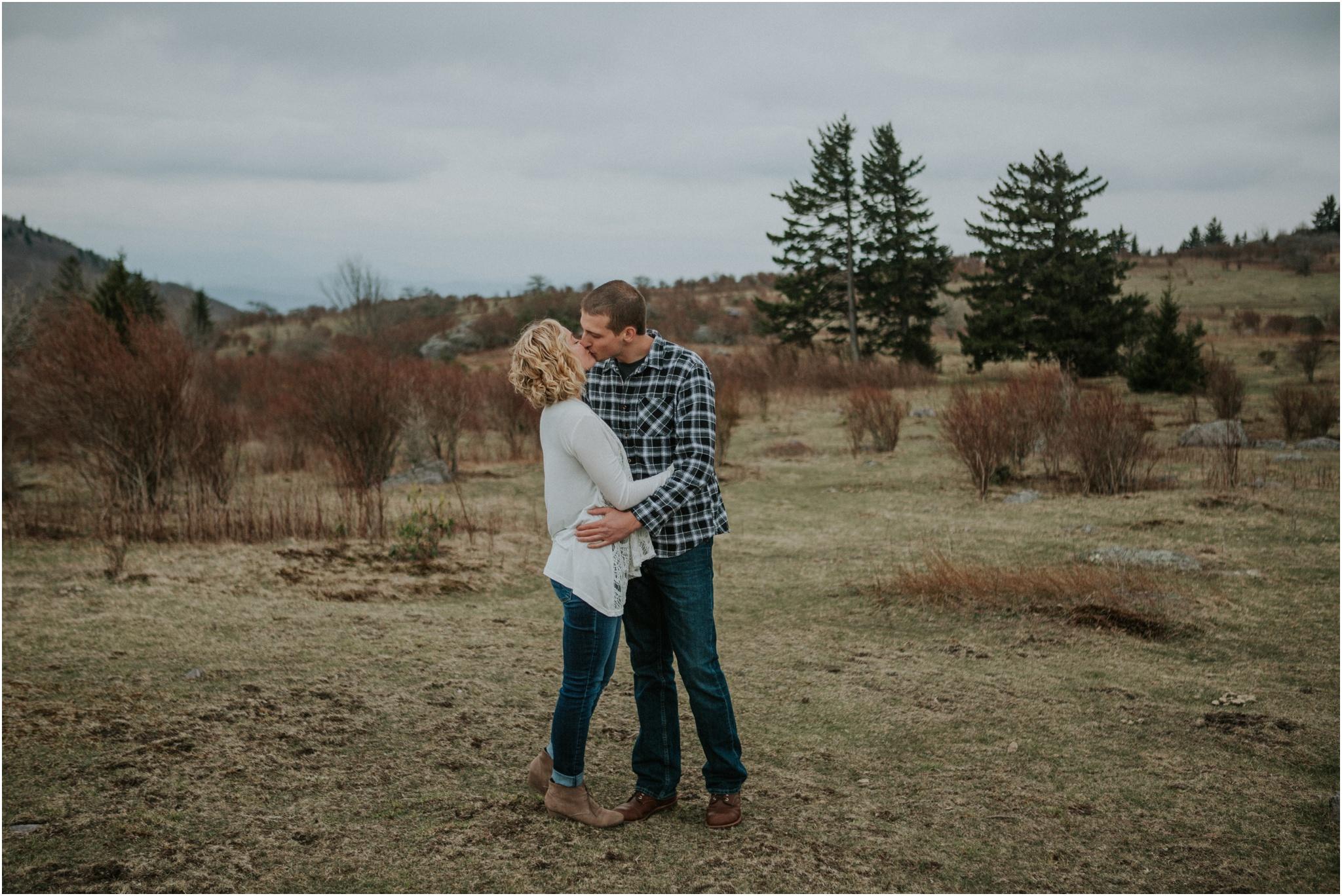 grayson-highlands-engagement-session-foggy-mountain-rustic-appalachian-virginia-katy-sergent-photography_0016.jpg