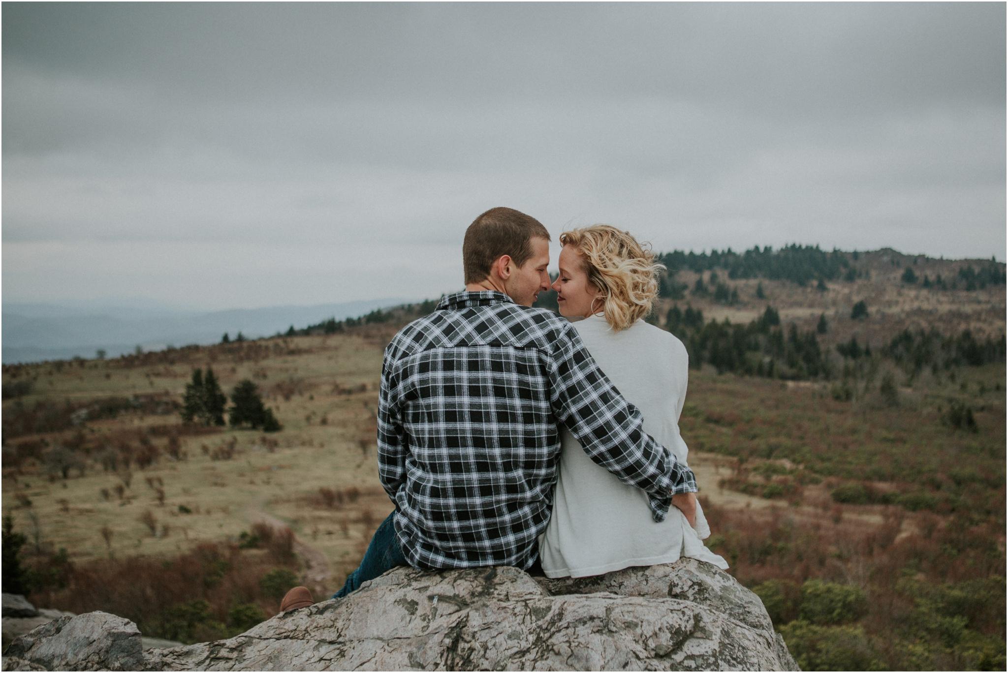 grayson-highlands-engagement-session-foggy-mountain-rustic-appalachian-virginia-katy-sergent-photography_0027.jpg