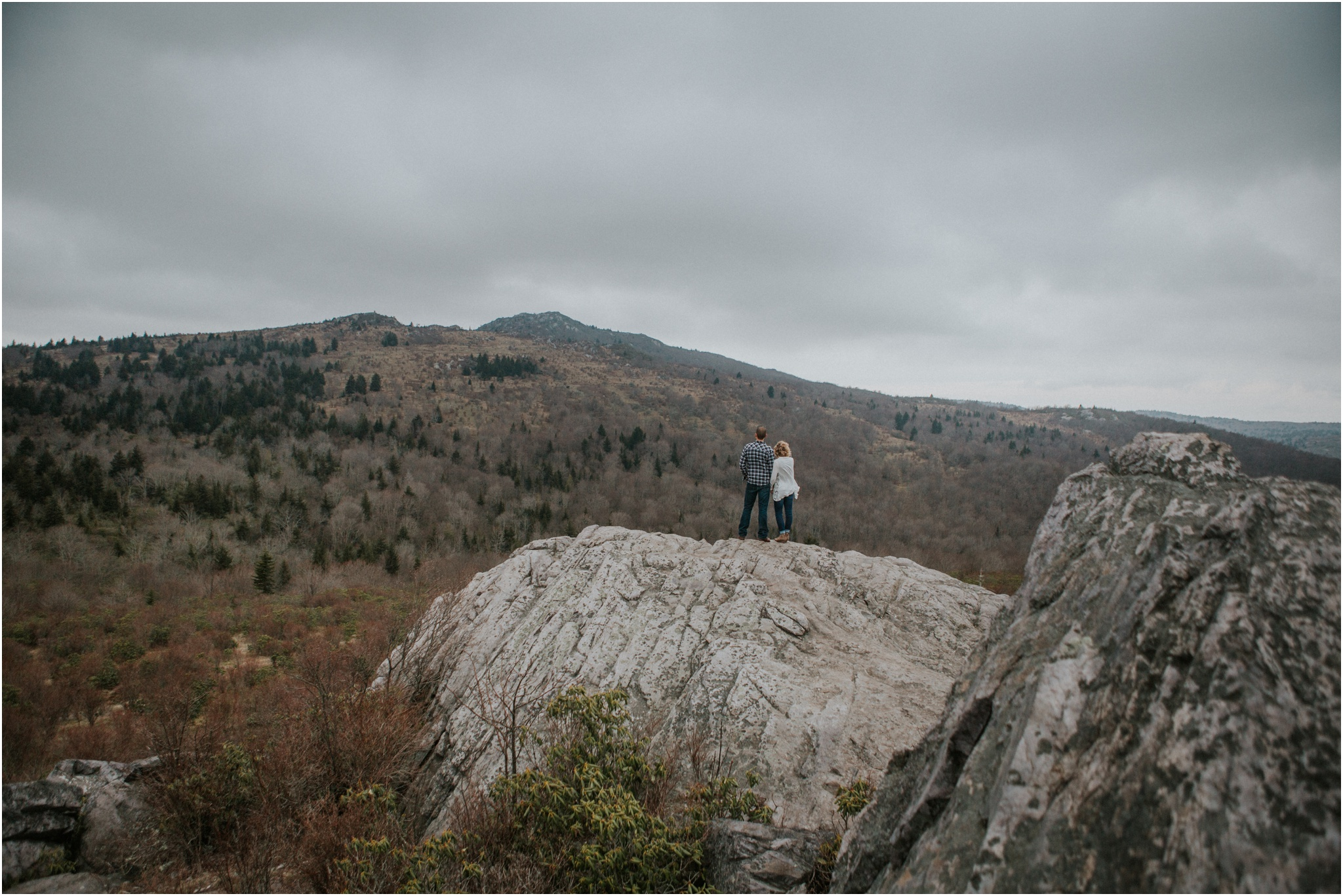 grayson-highlands-engagement-session-foggy-mountain-rustic-appalachian-virginia-katy-sergent-photography_0028.jpg