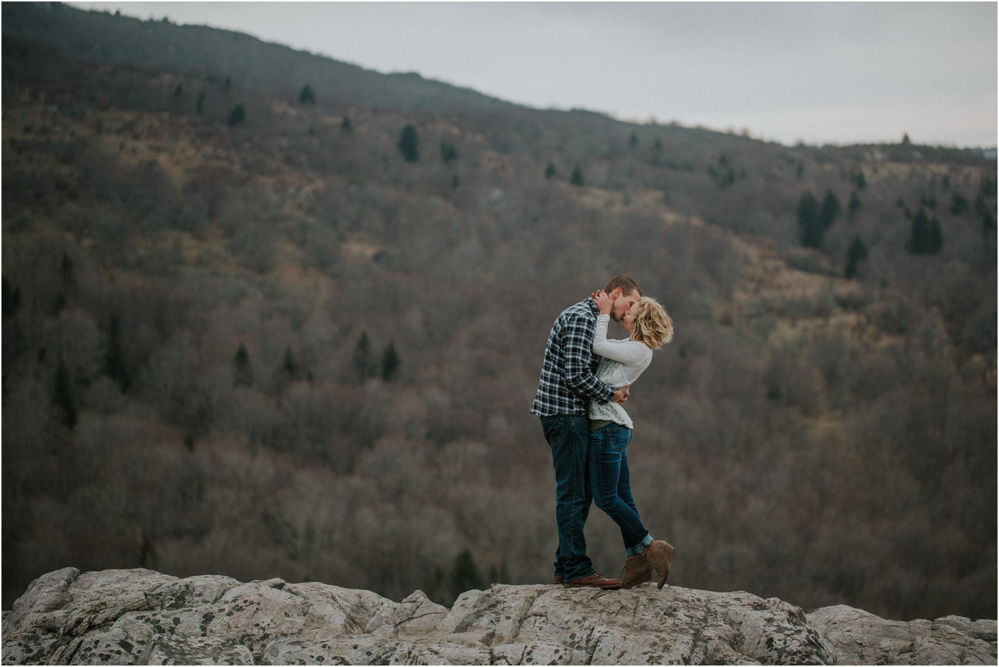 grayson-highlands-engagement-session-foggy-mountain-rustic-appalachian-virginia-katy-sergent-photography_0030.jpg