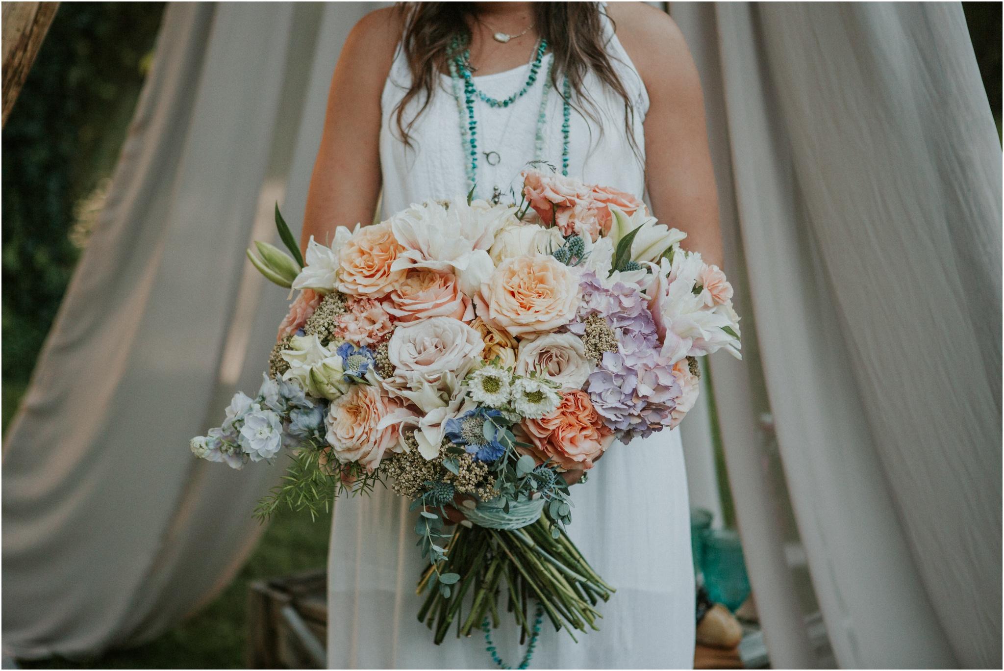 bohemian-canoe-pastel-blush-elopement-intimate-wedding-homestead-holston_0006.jpg