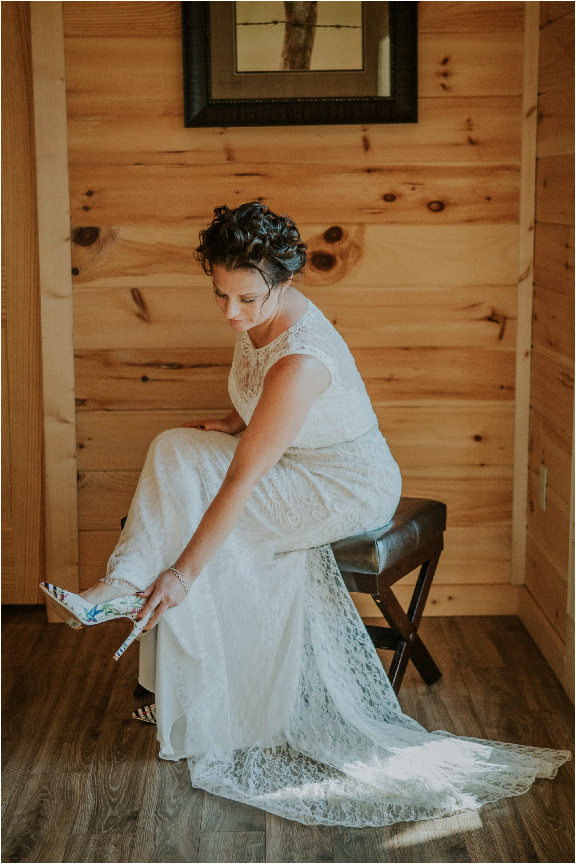 cabin-parkside-resort-the-magnolia-venue-tennessee-mountain-views-intimate-wedding_0049.jpg
