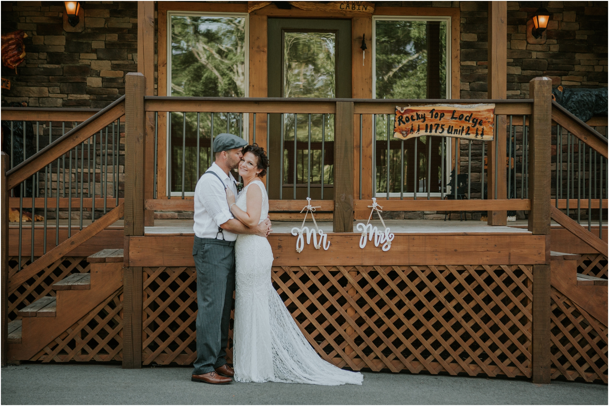 cabin-parkside-resort-the-magnolia-venue-tennessee-mountain-views-intimate-wedding_0065.jpg