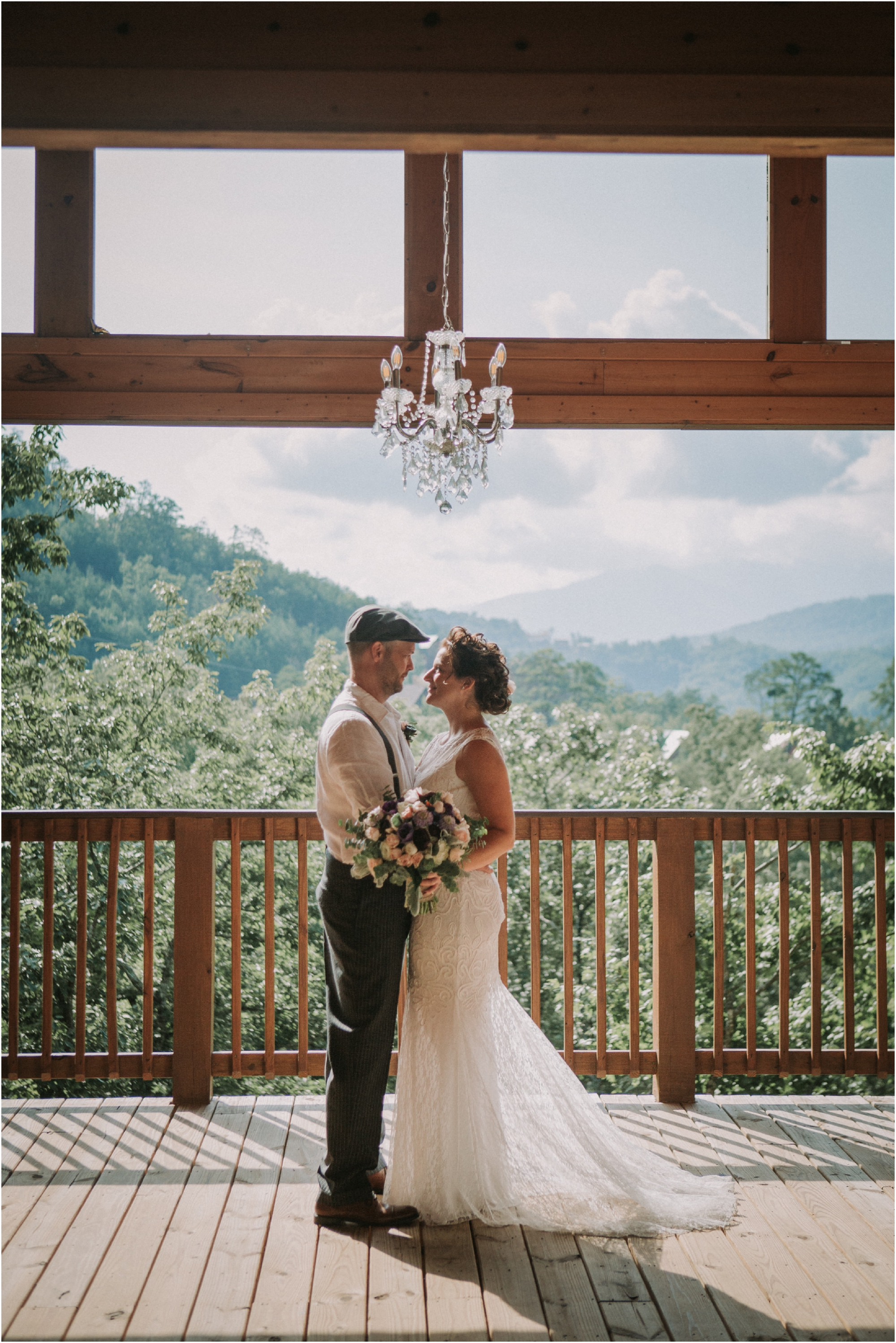 cabin-parkside-resort-the-magnolia-venue-tennessee-mountain-views-intimate-wedding_0068.jpg