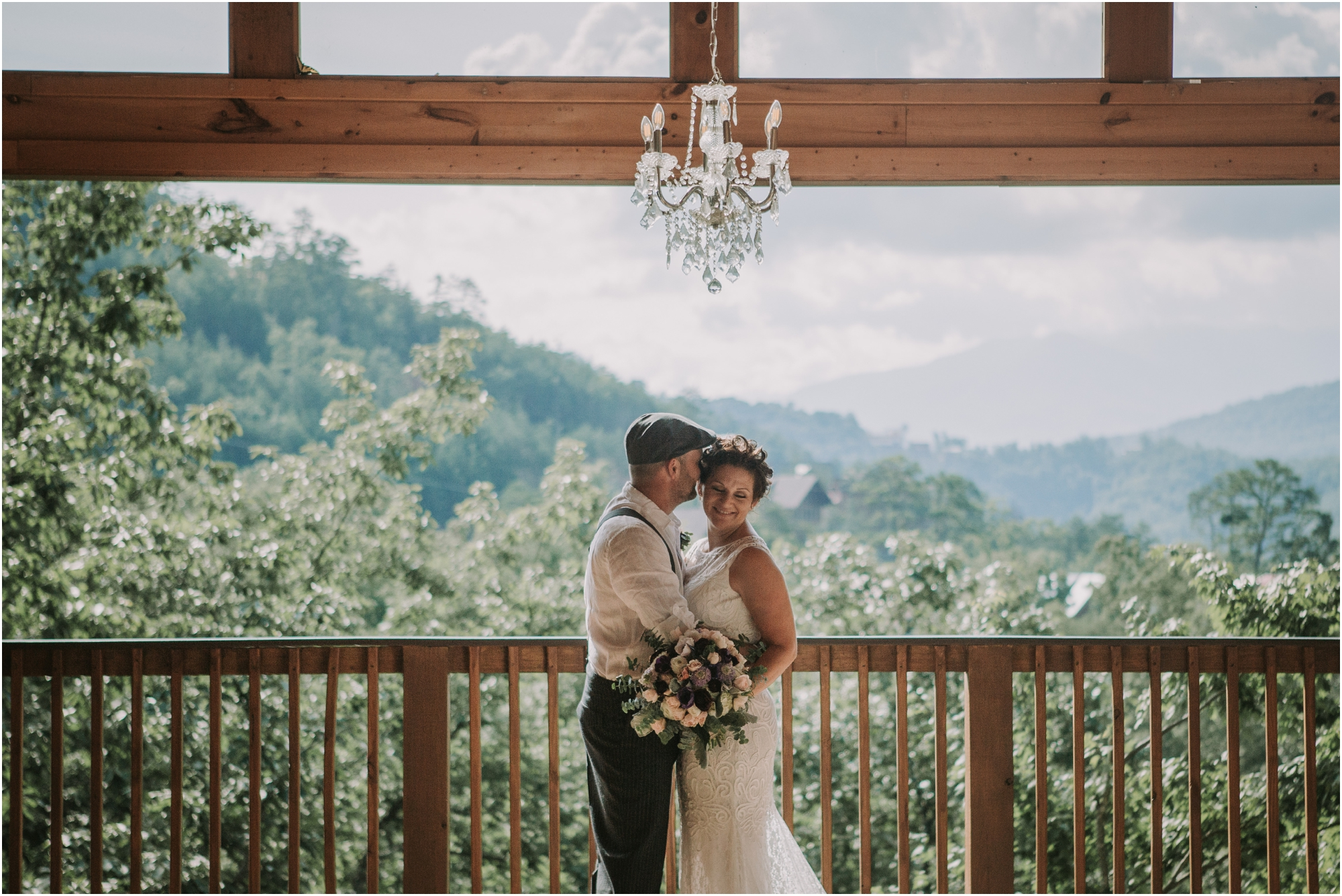 cabin-parkside-resort-the-magnolia-venue-tennessee-mountain-views-intimate-wedding_0072.jpg