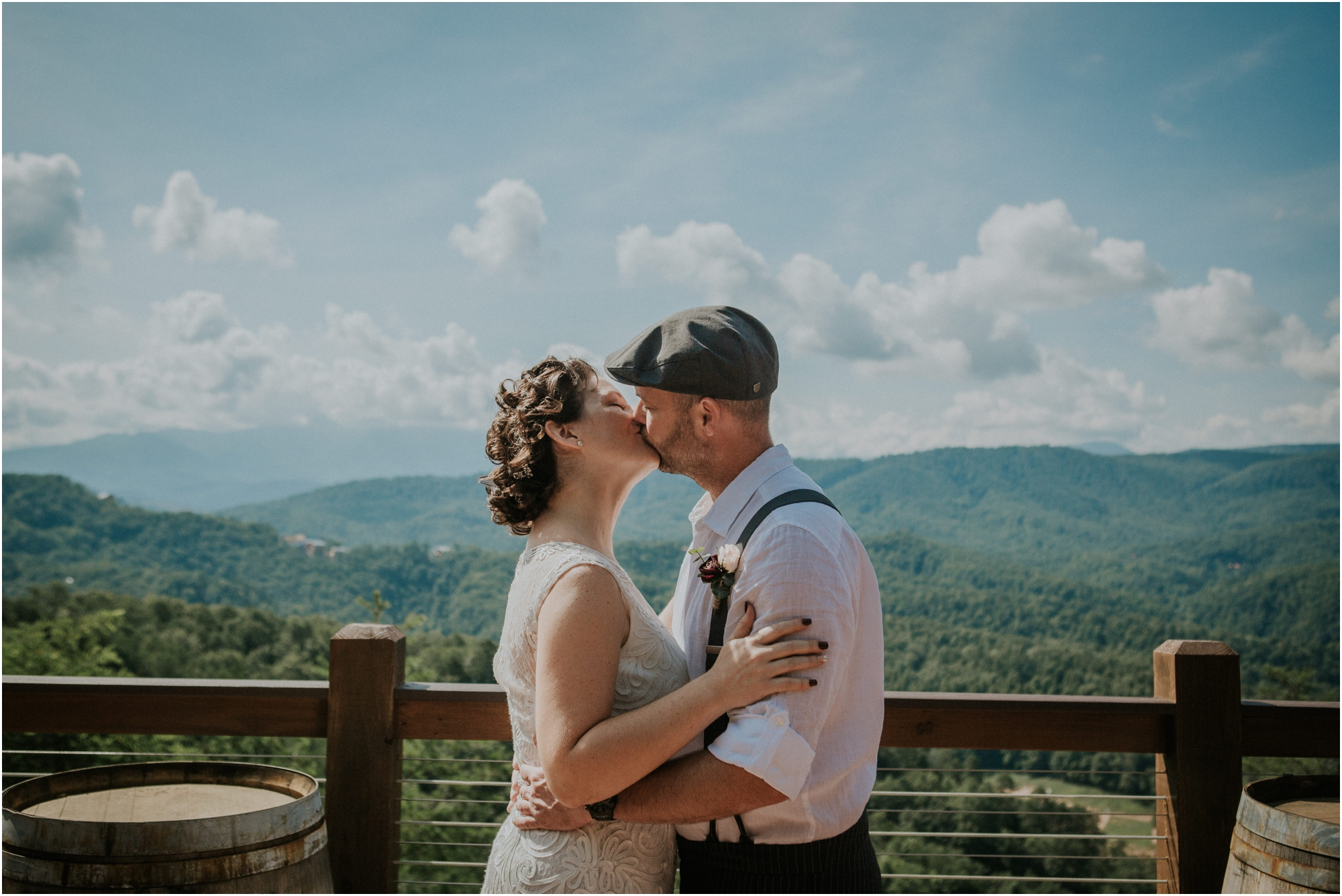 cabin-parkside-resort-the-magnolia-venue-tennessee-mountain-views-intimate-wedding_0097.jpg