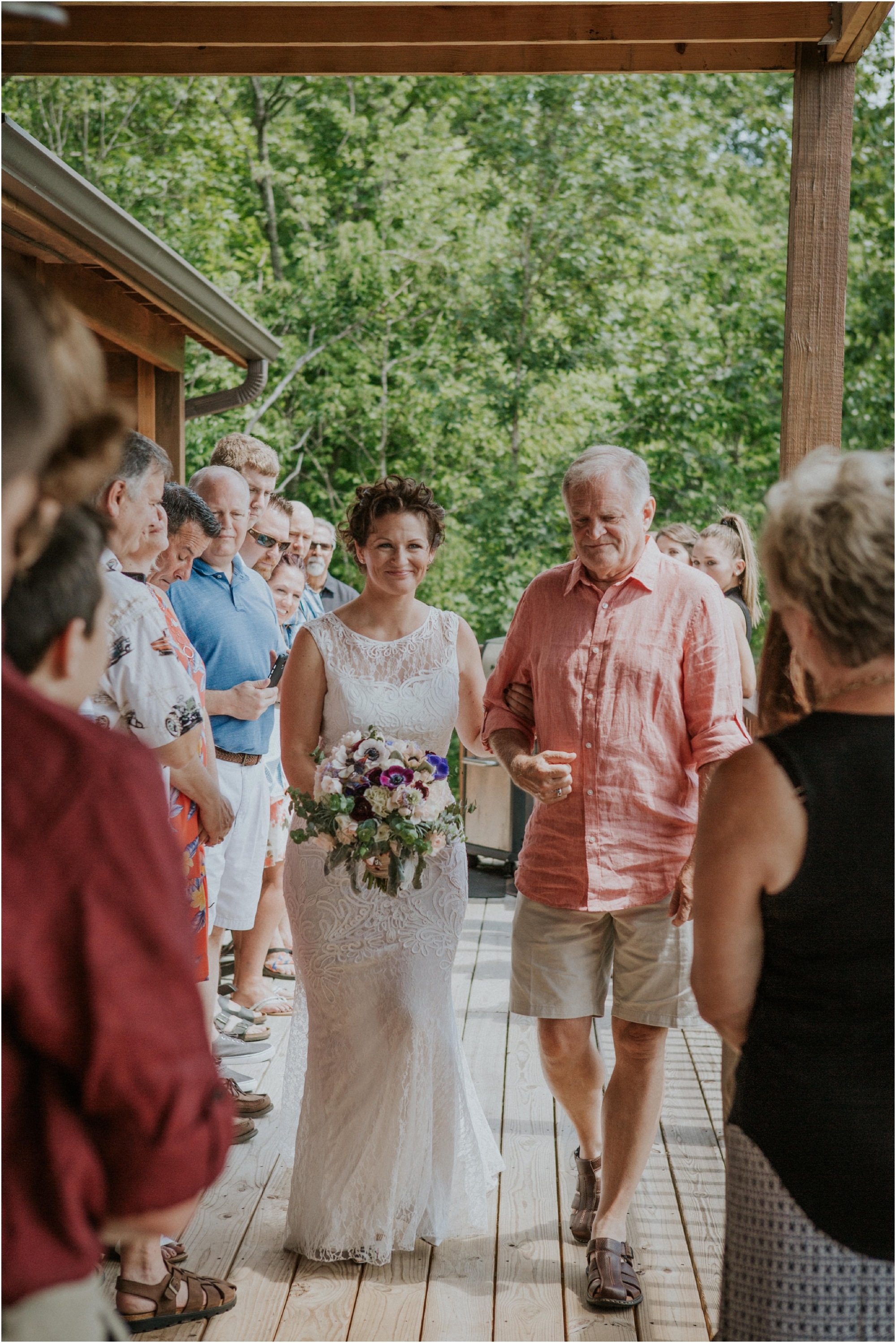 cabin-parkside-resort-the-magnolia-venue-tennessee-mountain-views-intimate-wedding_0118.jpg