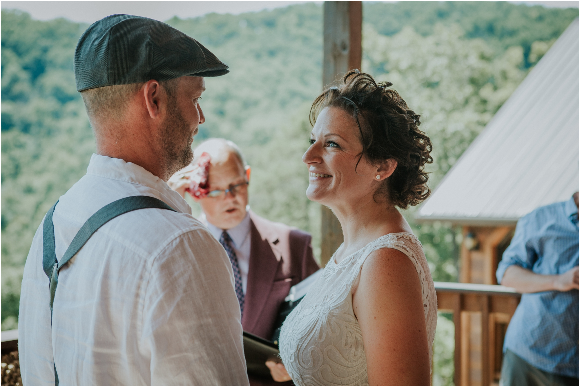 cabin-parkside-resort-the-magnolia-venue-tennessee-mountain-views-intimate-wedding_0134.jpg