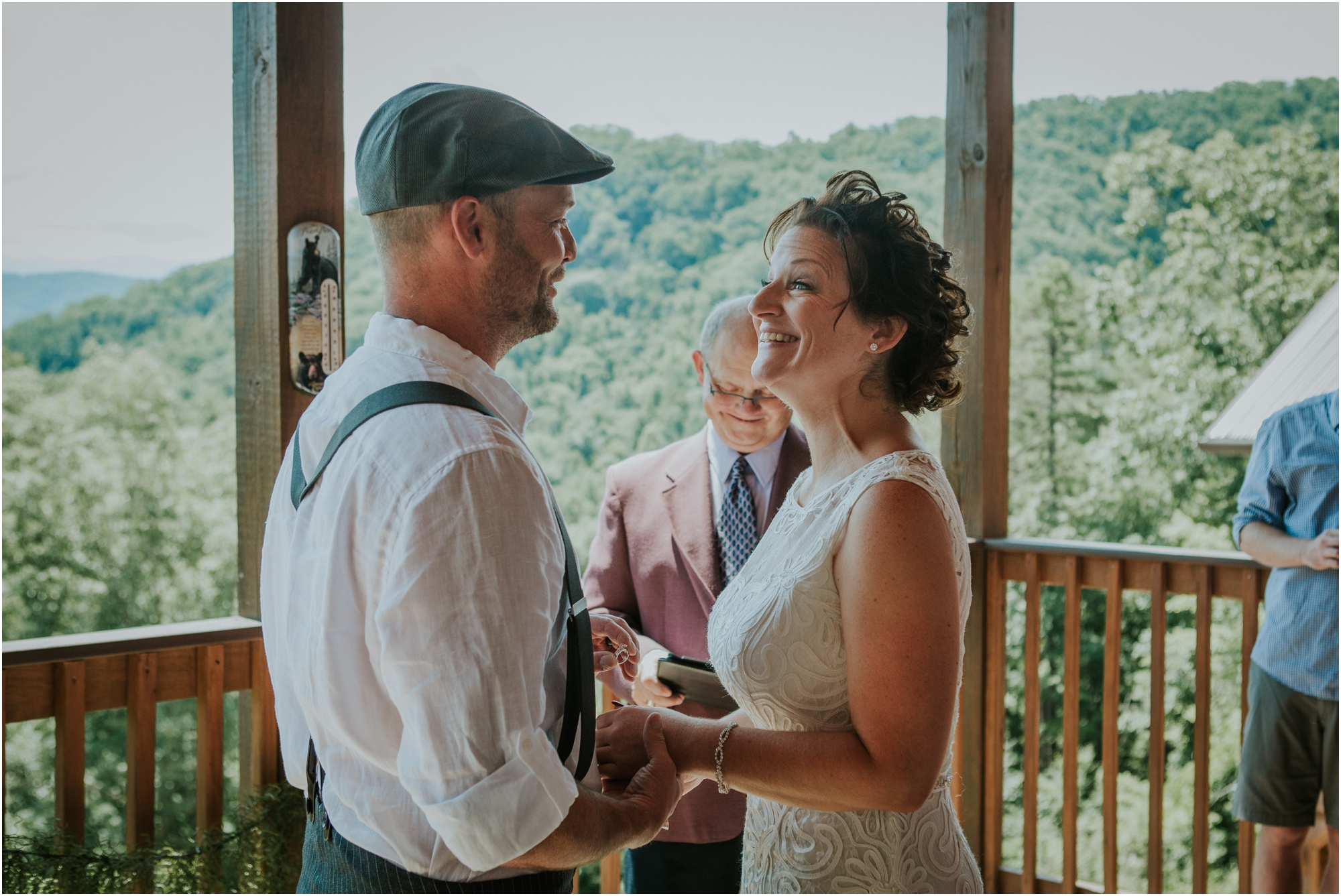 cabin-parkside-resort-the-magnolia-venue-tennessee-mountain-views-intimate-wedding_0138.jpg