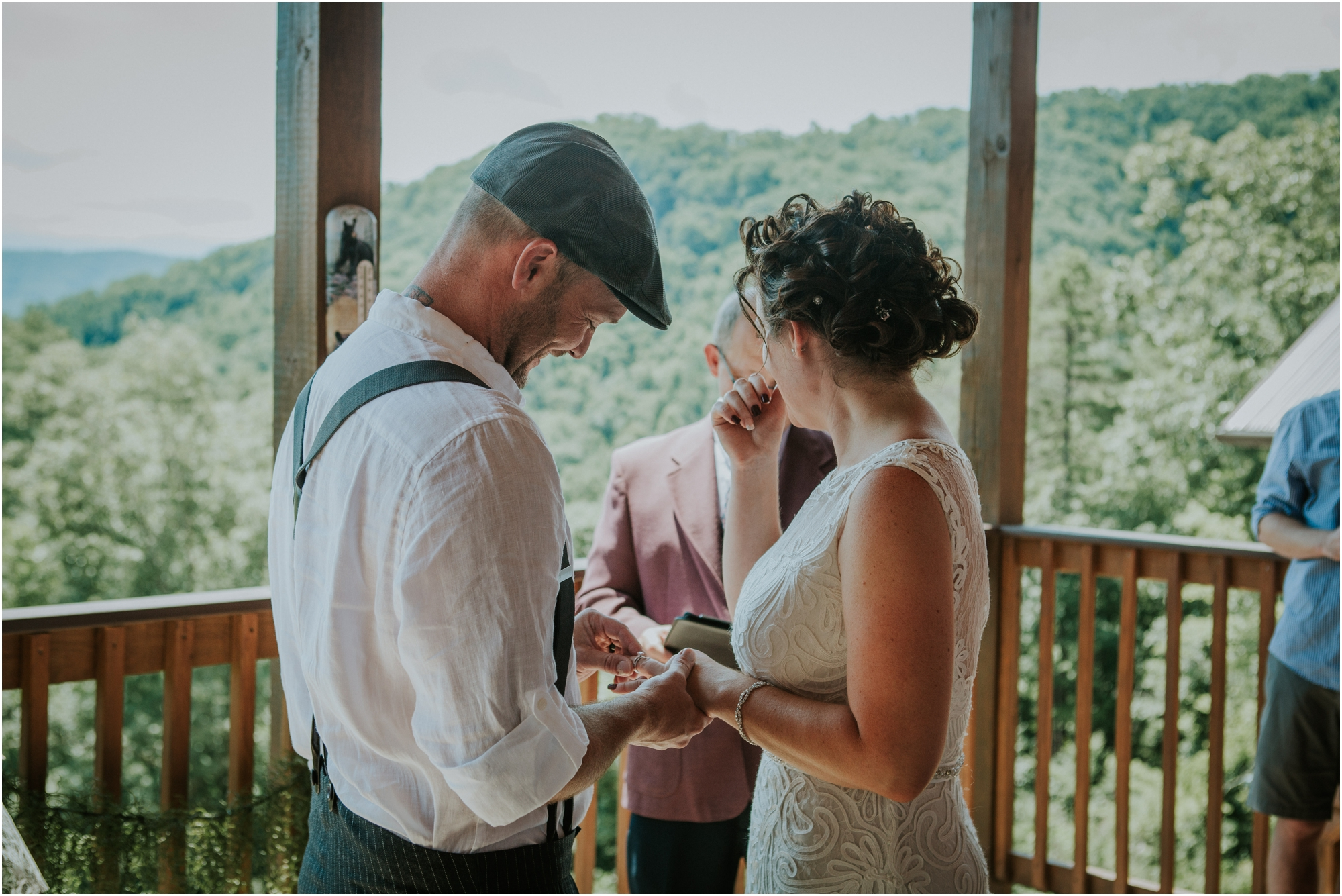 cabin-parkside-resort-the-magnolia-venue-tennessee-mountain-views-intimate-wedding_0139.jpg