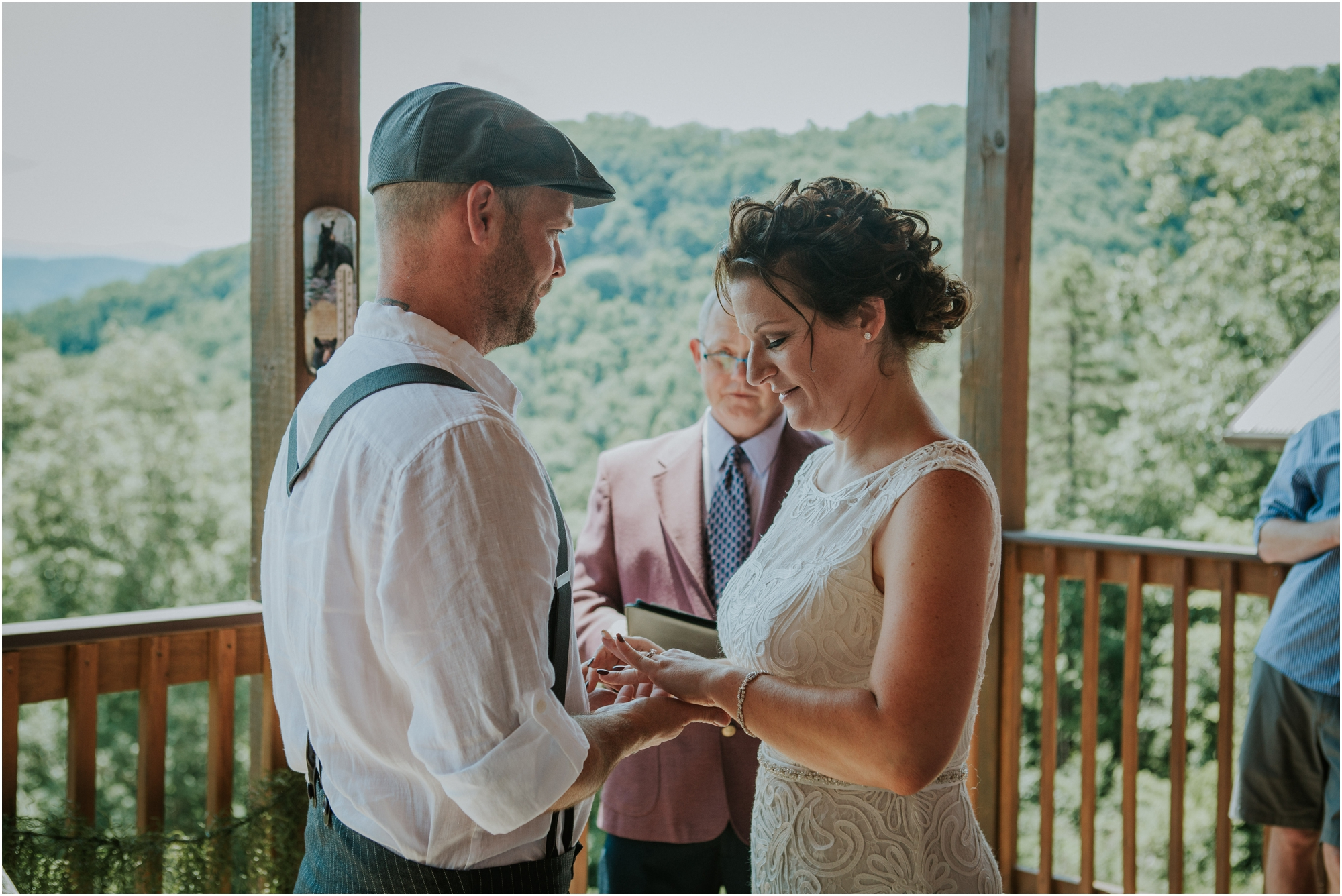 cabin-parkside-resort-the-magnolia-venue-tennessee-mountain-views-intimate-wedding_0140.jpg