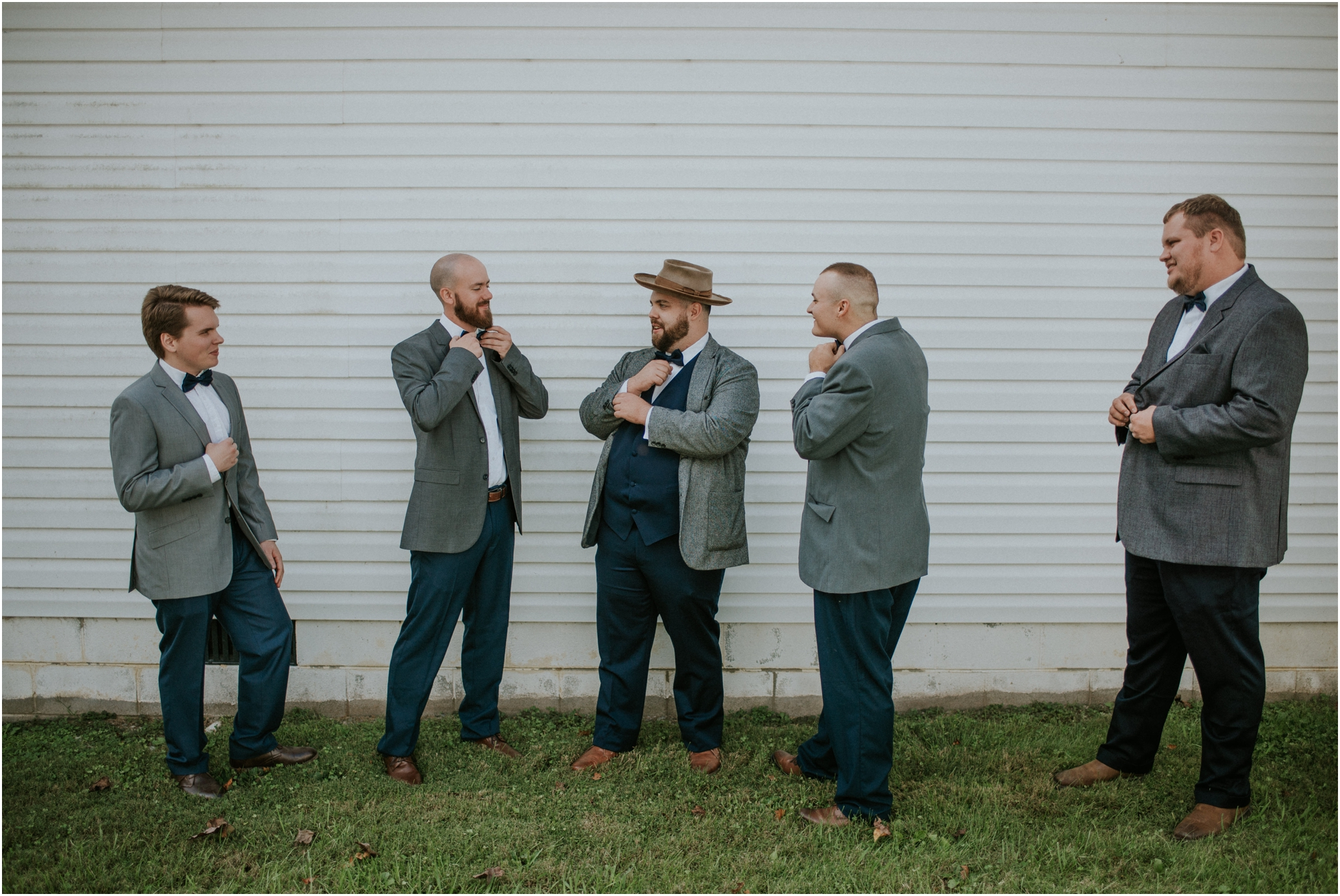 caryville-robbins-middle-tennessee-intimate-cozy-fall-navy-rustic-backyard-wedding_0027.jpg