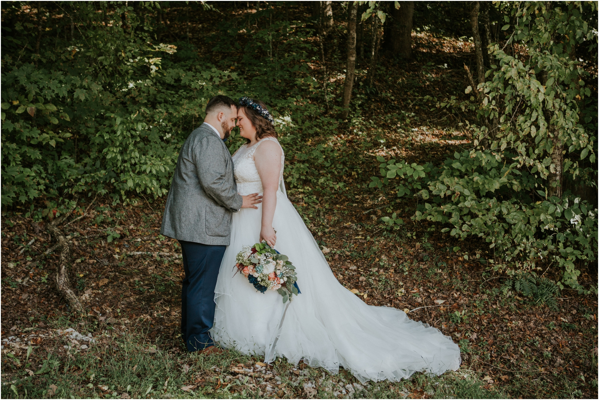 caryville-robbins-middle-tennessee-intimate-cozy-fall-navy-rustic-backyard-wedding_0045.jpg