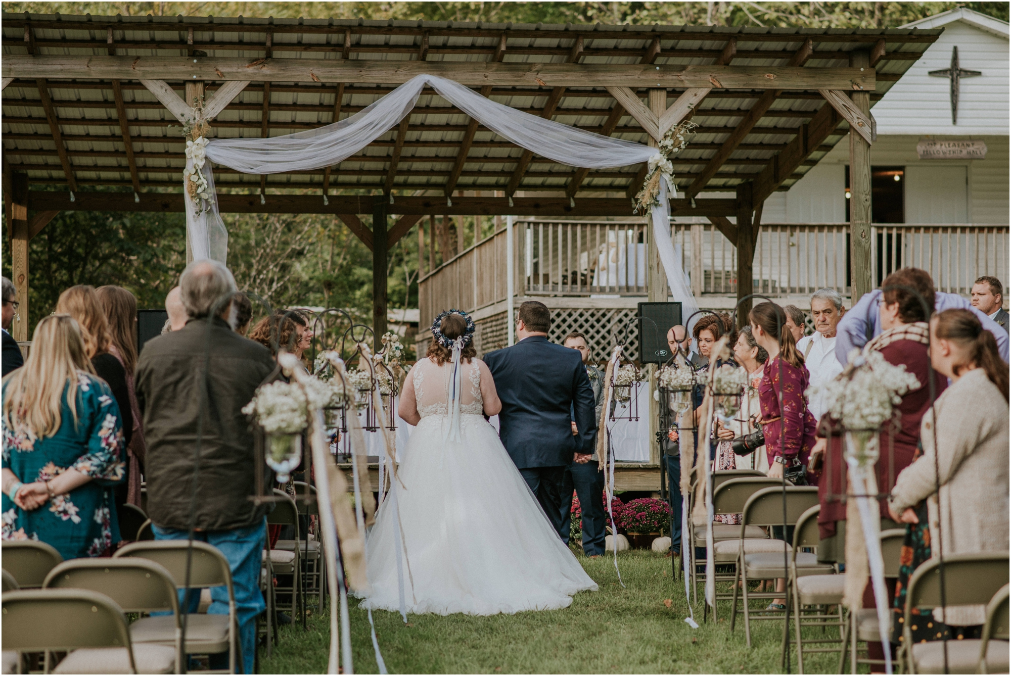 caryville-robbins-middle-tennessee-intimate-cozy-fall-navy-rustic-backyard-wedding_0080.jpg