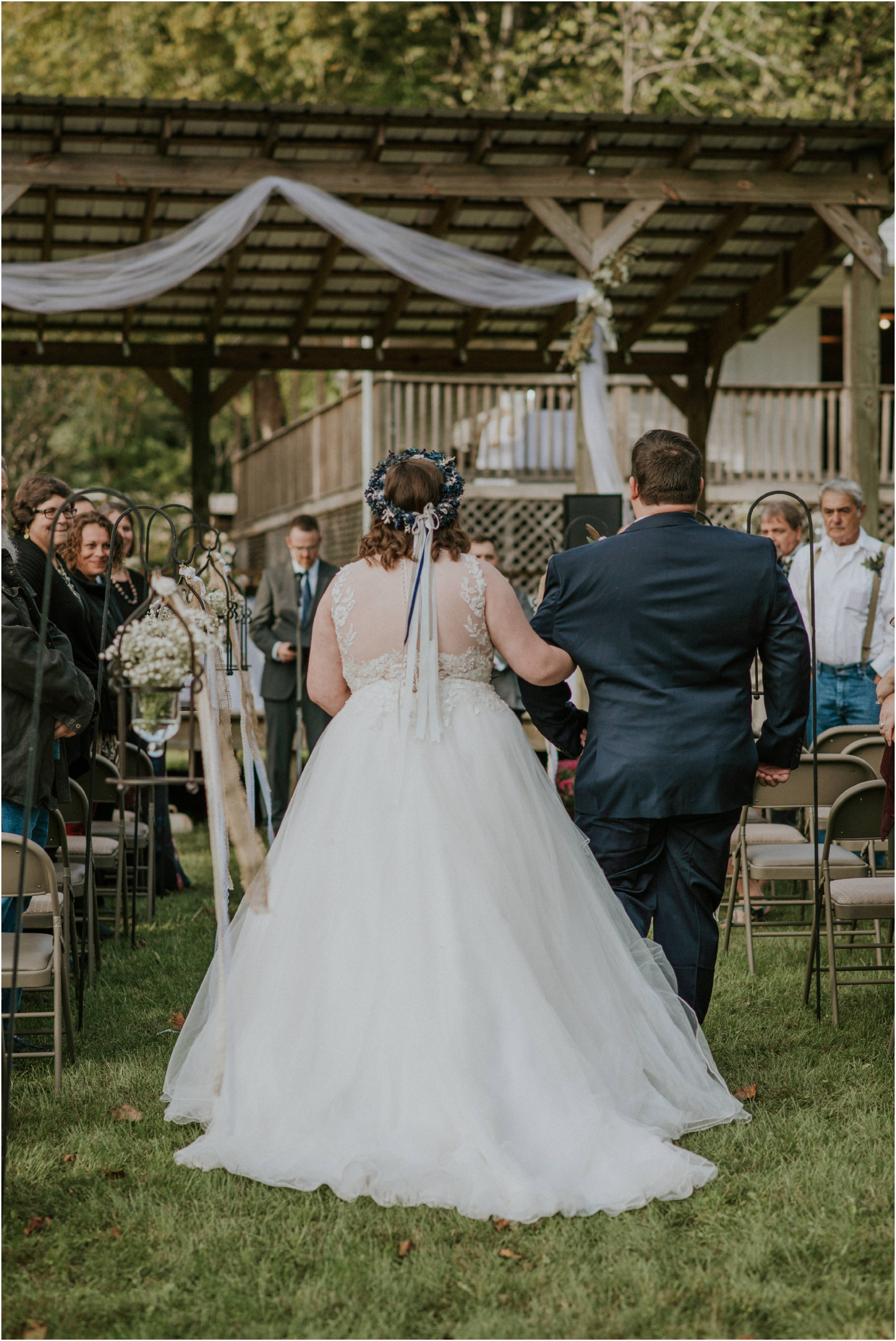caryville-robbins-middle-tennessee-intimate-cozy-fall-navy-rustic-backyard-wedding_0079.jpg
