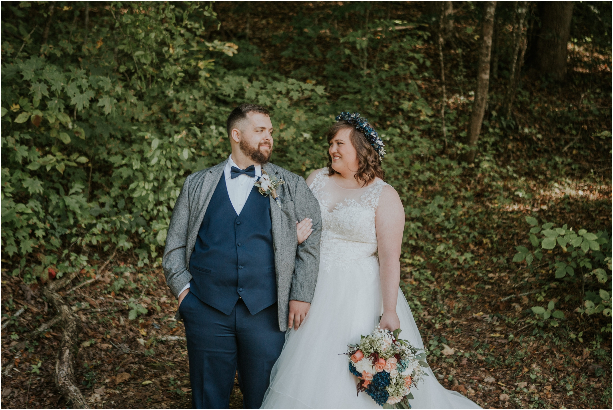 caryville-robbins-middle-tennessee-intimate-cozy-fall-navy-rustic-backyard-wedding_0049.jpg