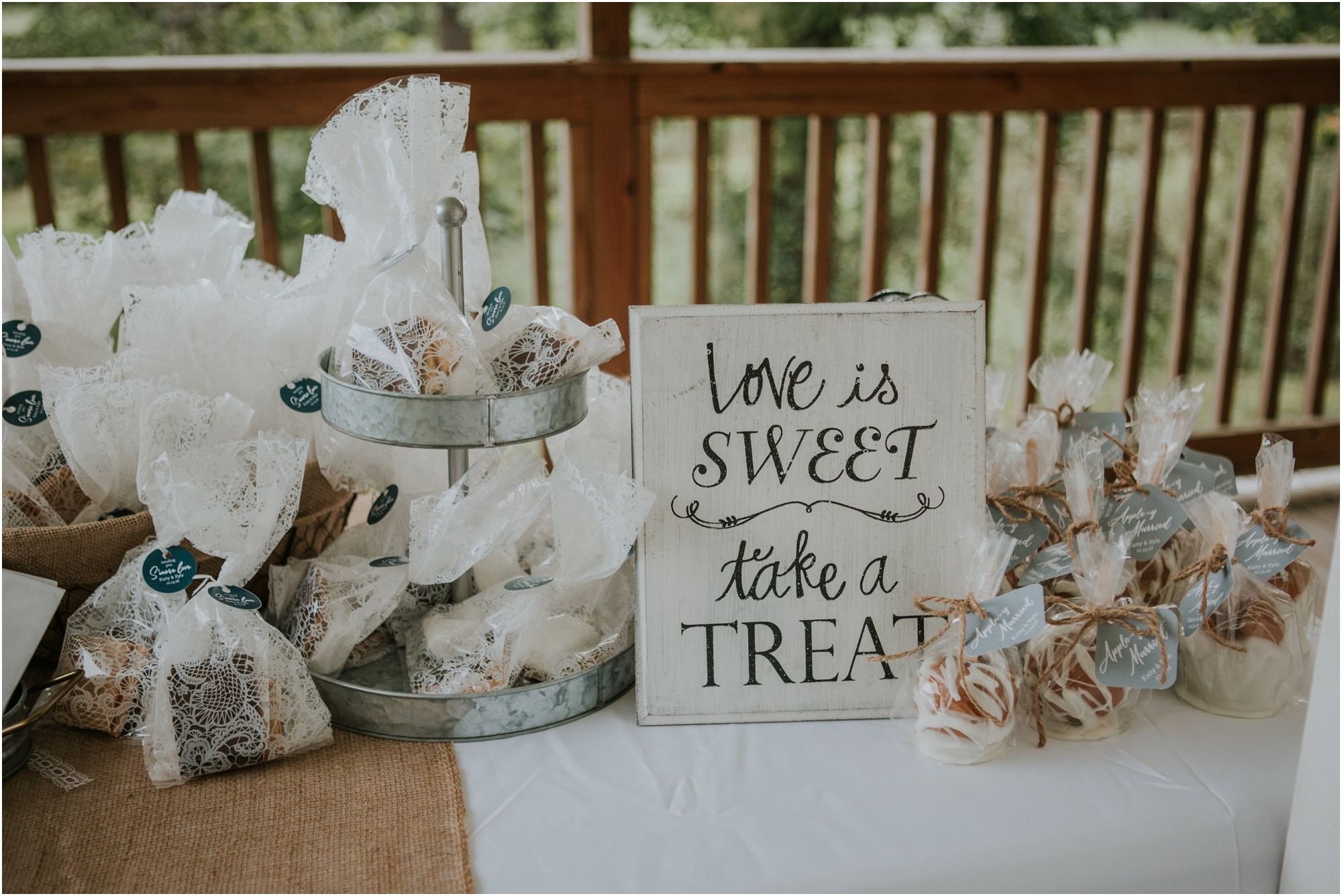 caryville-robbins-middle-tennessee-intimate-cozy-fall-navy-rustic-backyard-wedding_0118.jpg