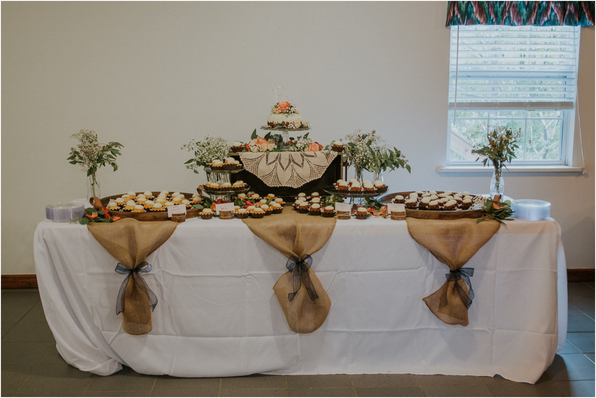 caryville-robbins-middle-tennessee-intimate-cozy-fall-navy-rustic-backyard-wedding_0121.jpg