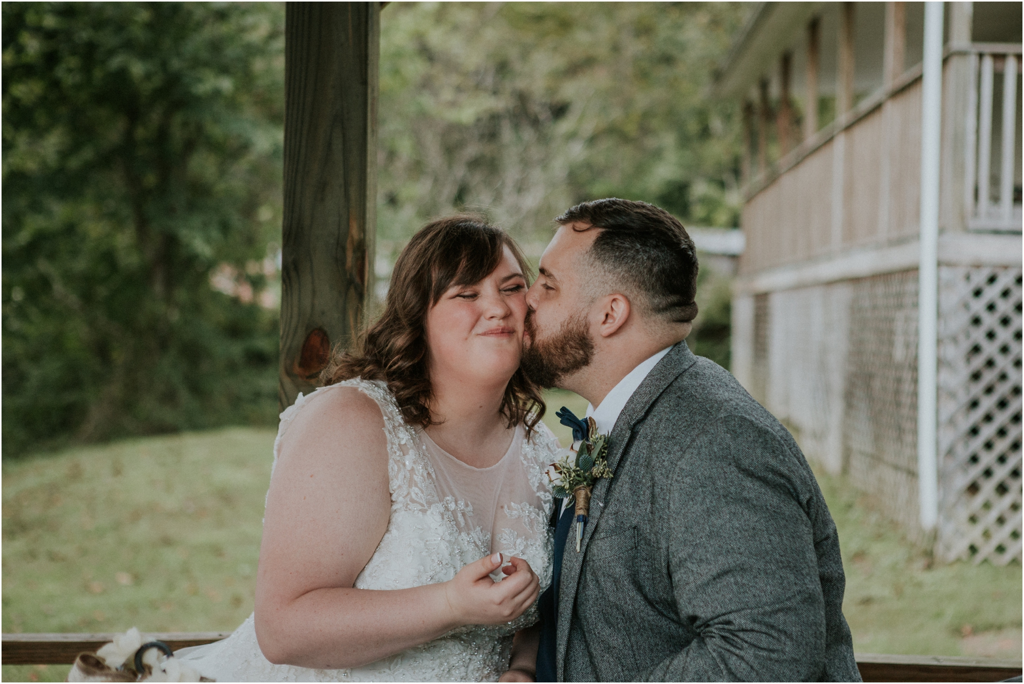 caryville-robbins-middle-tennessee-intimate-cozy-fall-navy-rustic-backyard-wedding_0128.jpg
