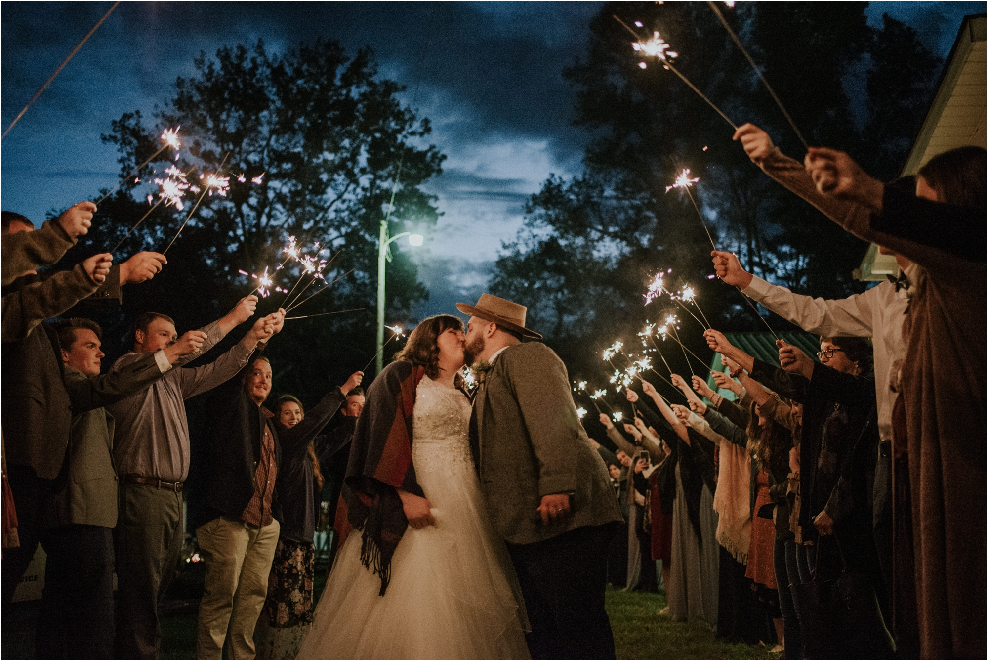 caryville-robbins-middle-tennessee-intimate-cozy-fall-navy-rustic-backyard-wedding_0141.jpg