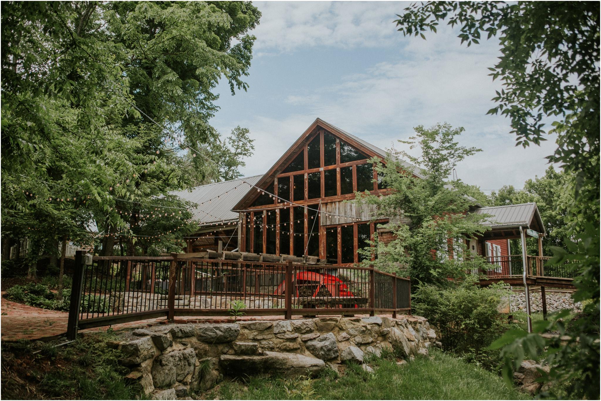 the-millstone-limestone-rustic-intimate-outdoors-backyard-wedding-wildflowers-tennessee_0003.jpg