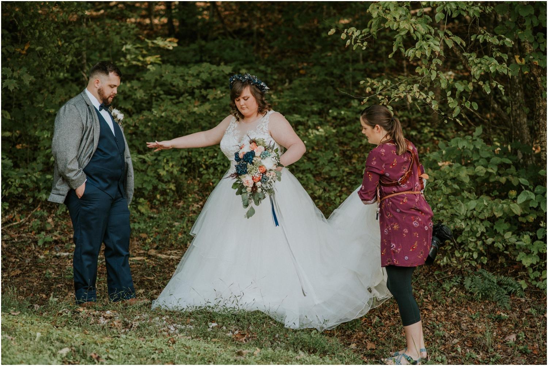 Always fixin' the dress! I got you, ladies!