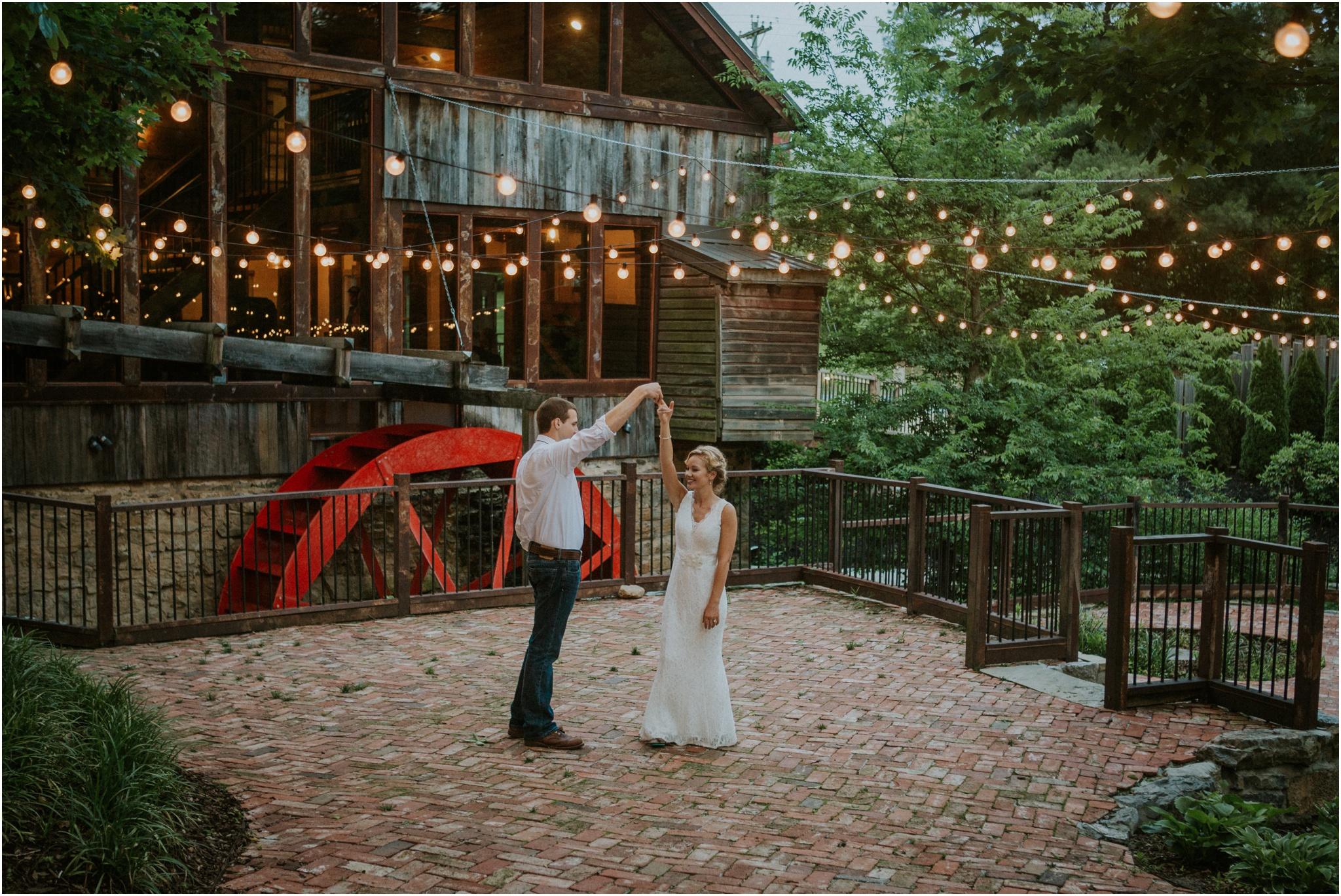 the-millstone-limestone-rustic-intimate-outdoors-backyard-wedding-wildflowers-tennessee_0109.jpg