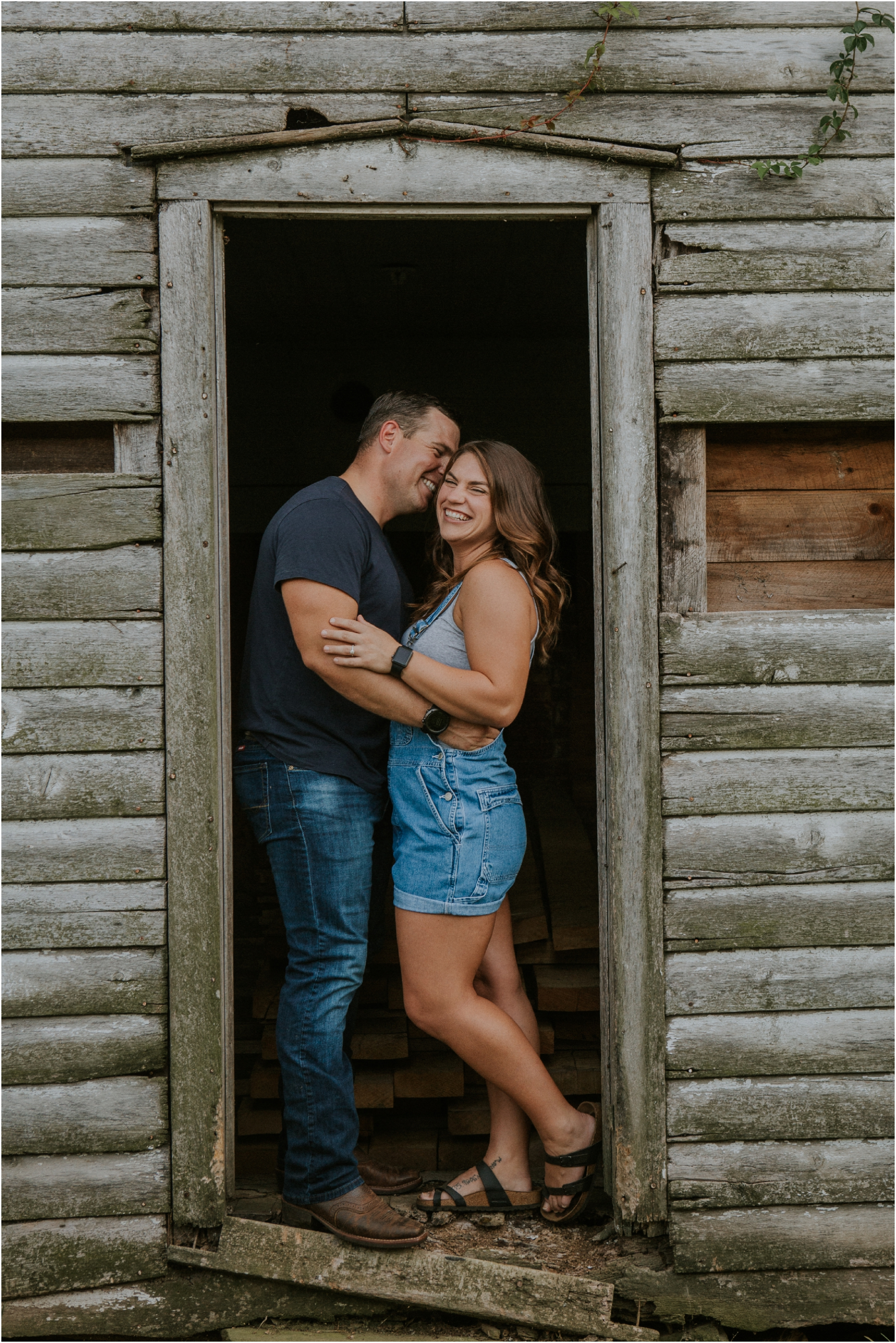 rustic-farm-virginia-countryside-sunset-engagement-session-grayson-county-independence-katy-sergent-northeast-tennessee_0015.jpg
