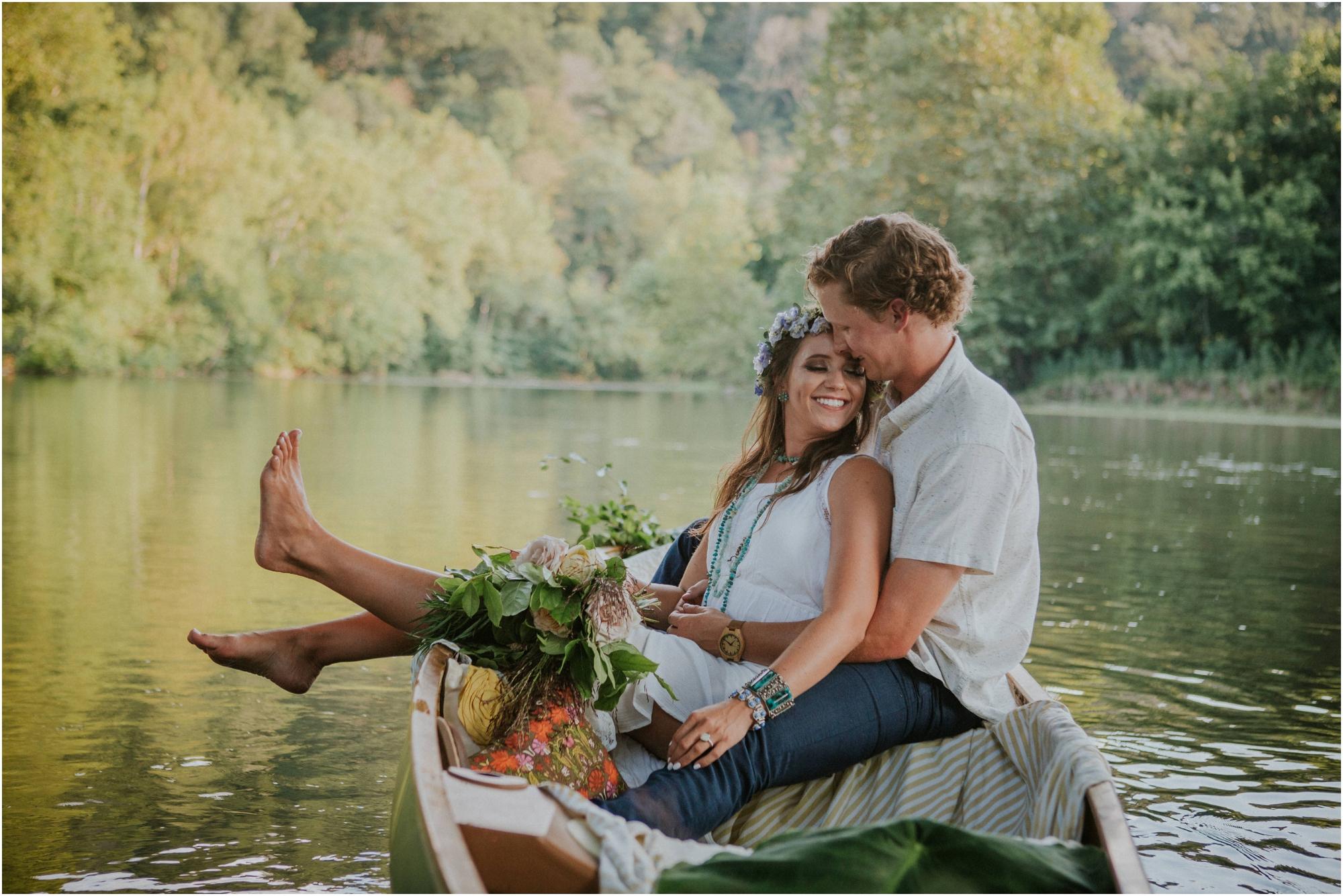 homestead-on-the-holston-hiltons-virginia-bohemian-canoe-styled-shoot-northeast-tennessee-elopement-wild-free-spirit_0022.jpg