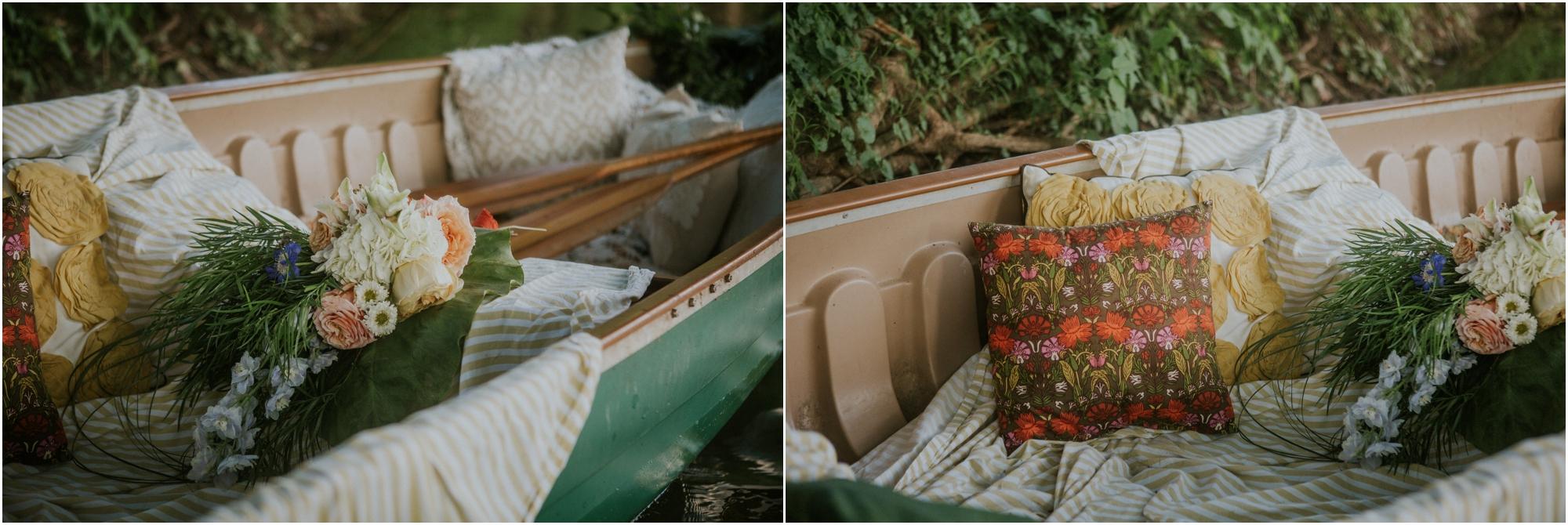 homestead-on-the-holston-hiltons-virginia-bohemian-canoe-styled-shoot-northeast-tennessee-elopement-wild-free-spirit_0025.jpg