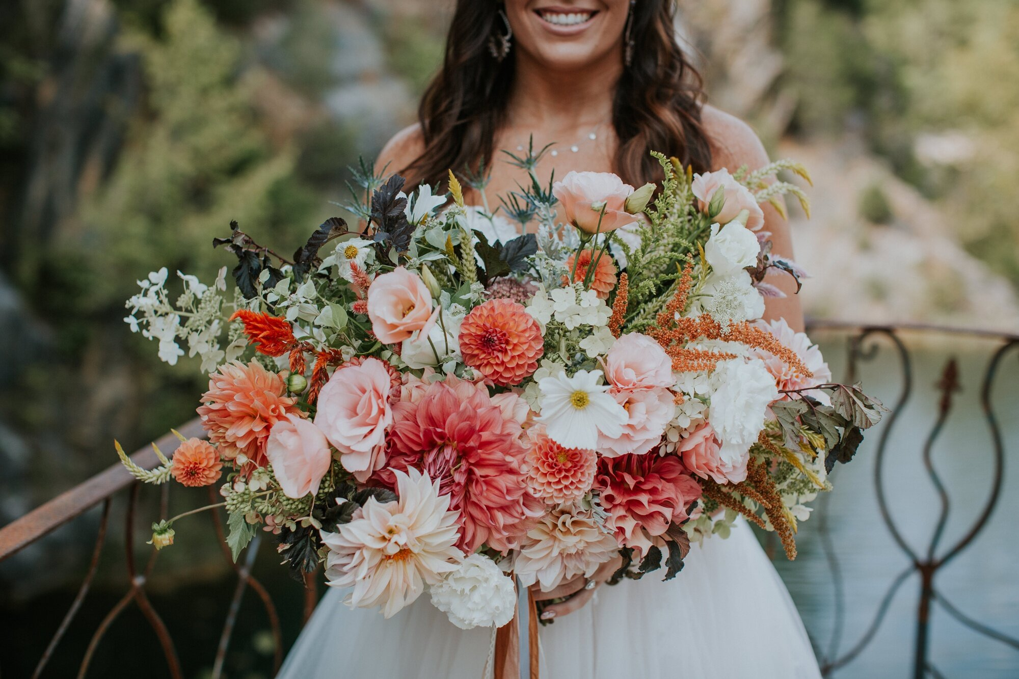 waterstone-venue-johnson-city-tennessee-rustic-adventurous-katy-sergent-asheville-knoxville-wedding-photography_0012.jpg