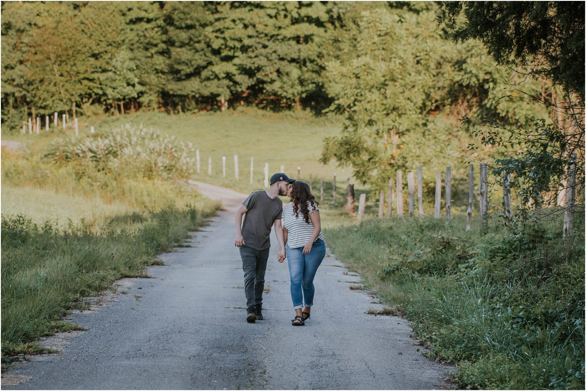 kingsport-tennessee-backyard-pond-bays-mountain-summer-engagement-session_0001.jpg