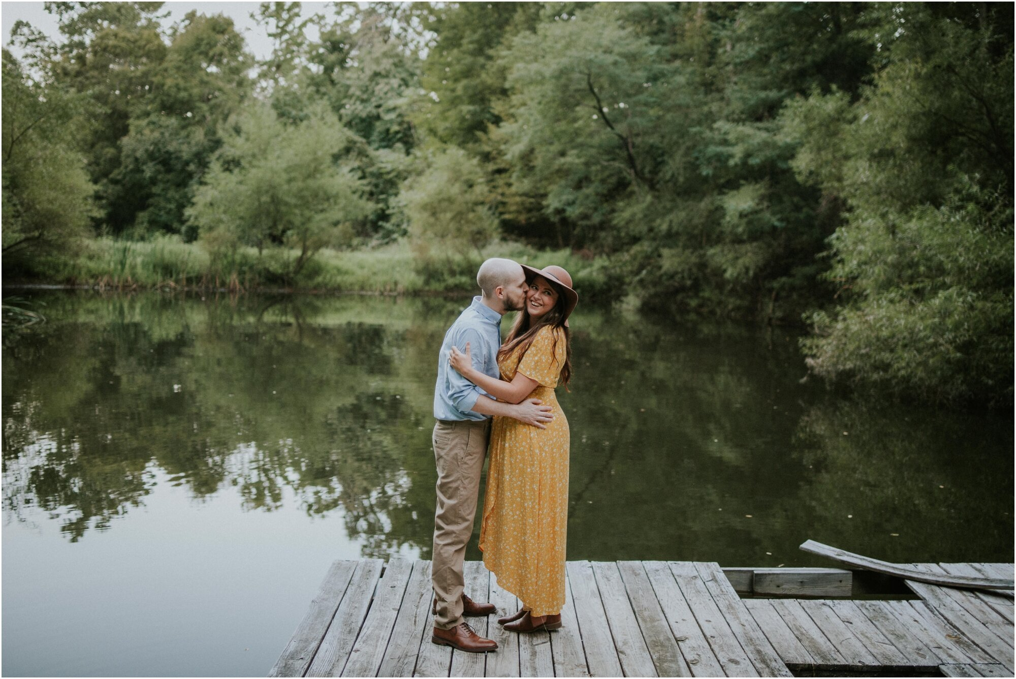 kingsport-tennessee-backyard-pond-bays-mountain-summer-engagement-session_0038.jpg