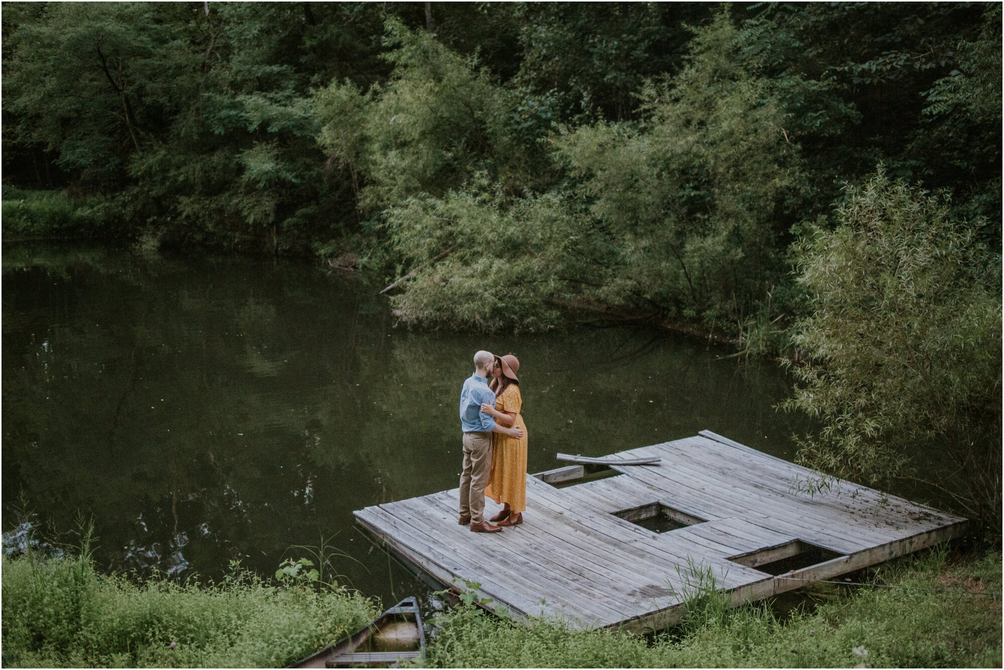 kingsport-tennessee-backyard-pond-bays-mountain-summer-engagement-session_0053.jpg