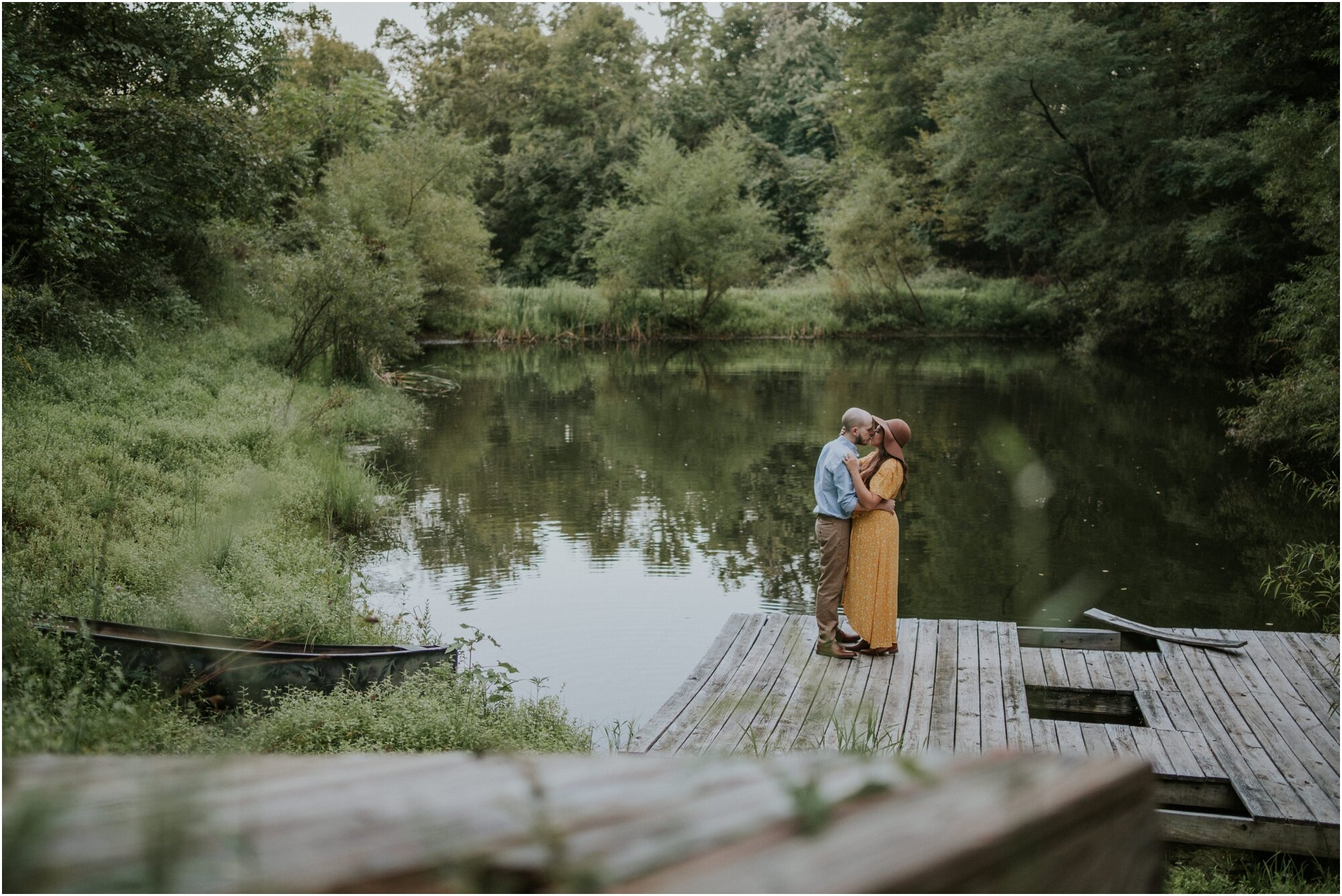 kingsport-tennessee-backyard-pond-bays-mountain-summer-engagement-session_0033.jpg