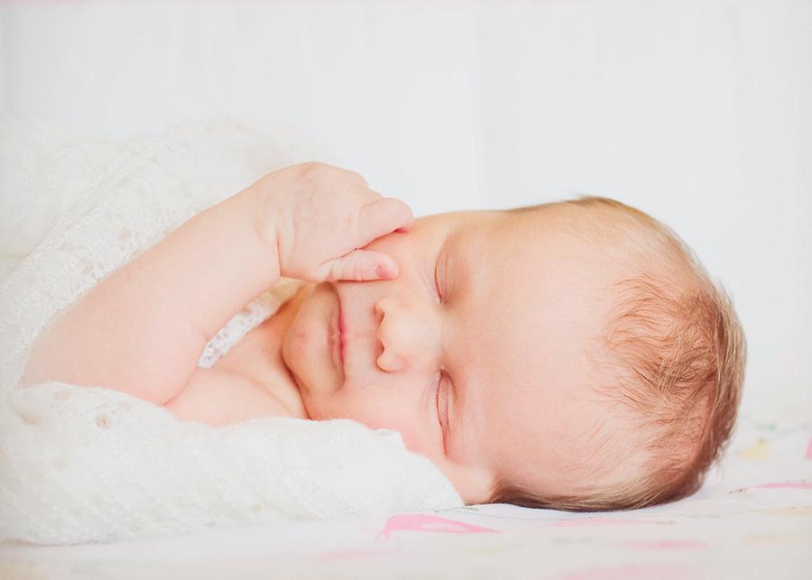newborn girl cmn.jpg