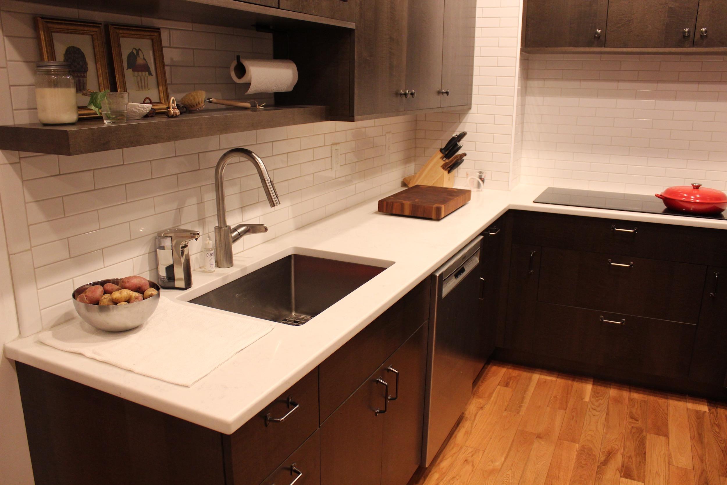 3_KitchenVisions-Modern-Kitchen-Boston.jpg