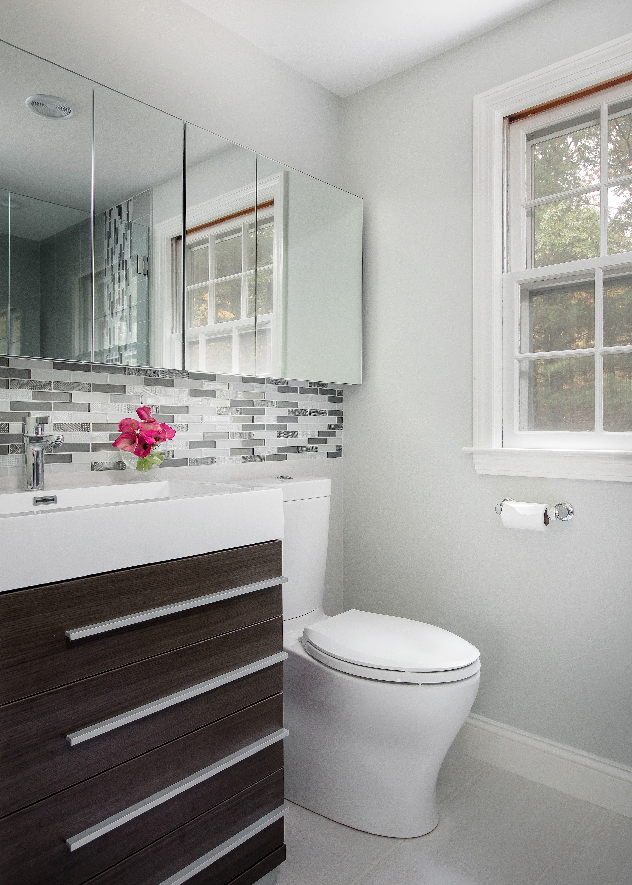 12-KitchenVisions-Master-Baths-Ensuite-Wayland.jpg