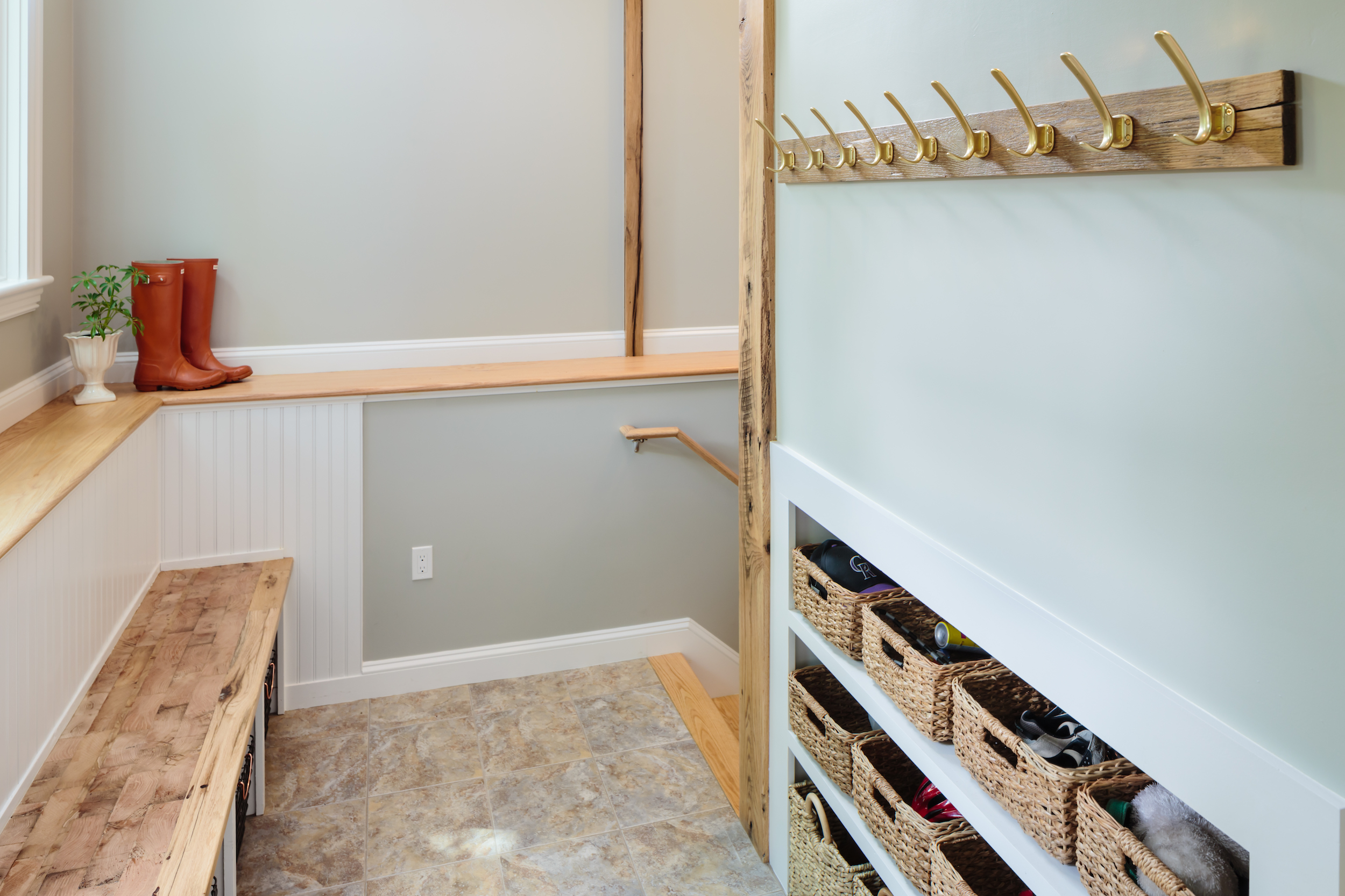 4-KitchenVisions-Mudroom-New-Entrance-Belmont.jpg