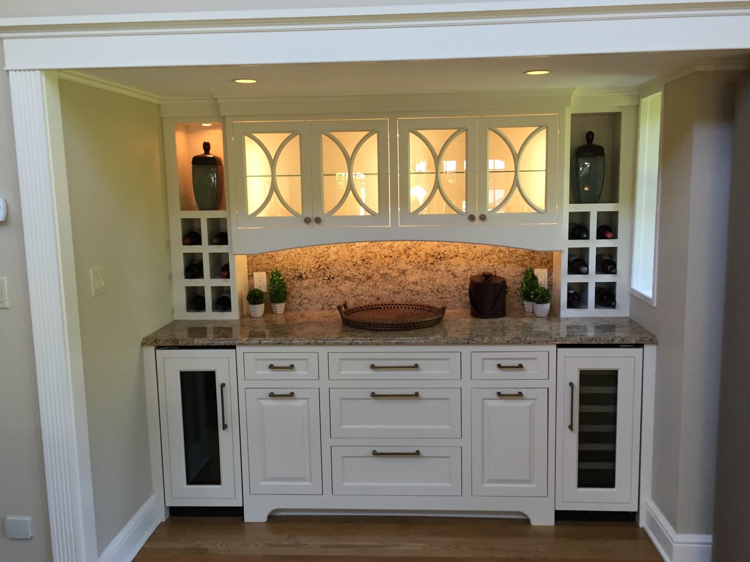 7-KitchenVisions-Built-in-Bar-Belmont.jpg
