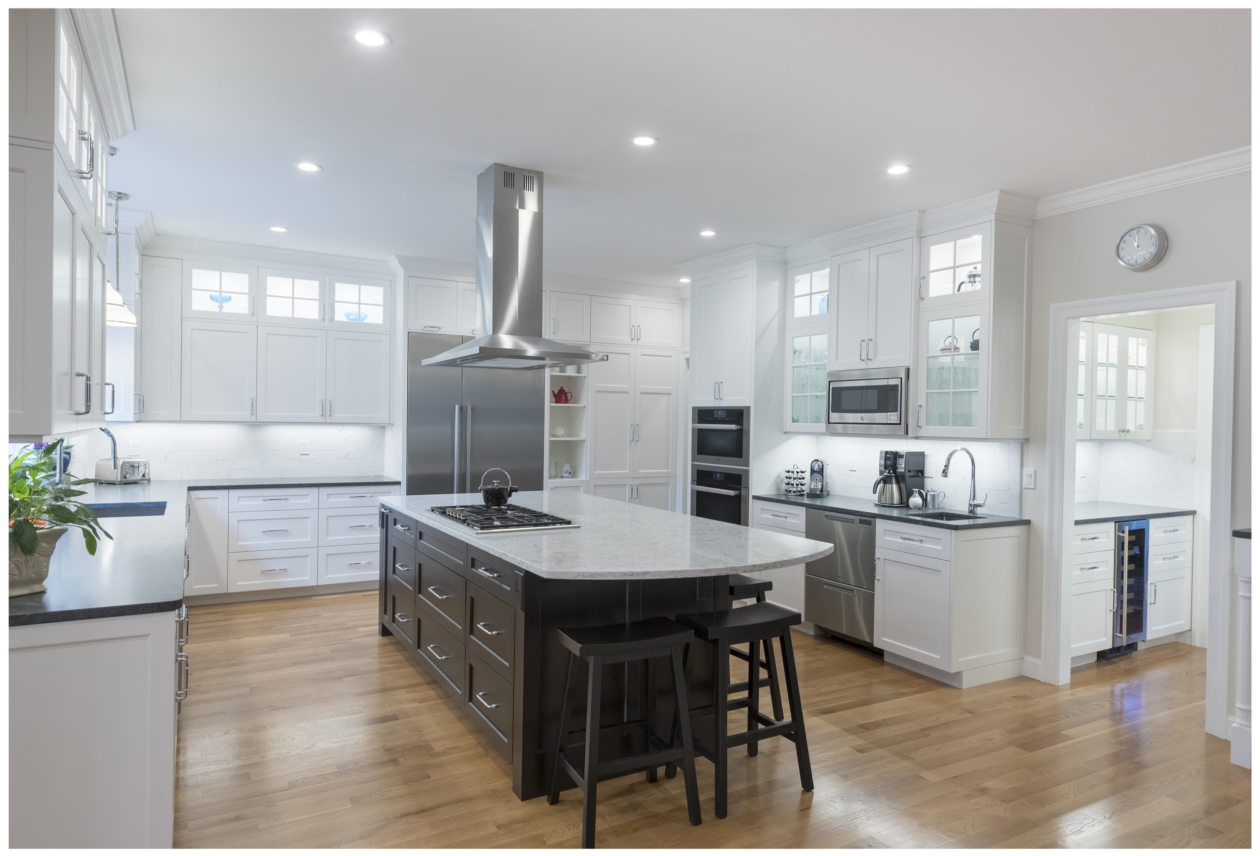 KitchenVisions-Transitional-Kitchen-Acton-001.jpg