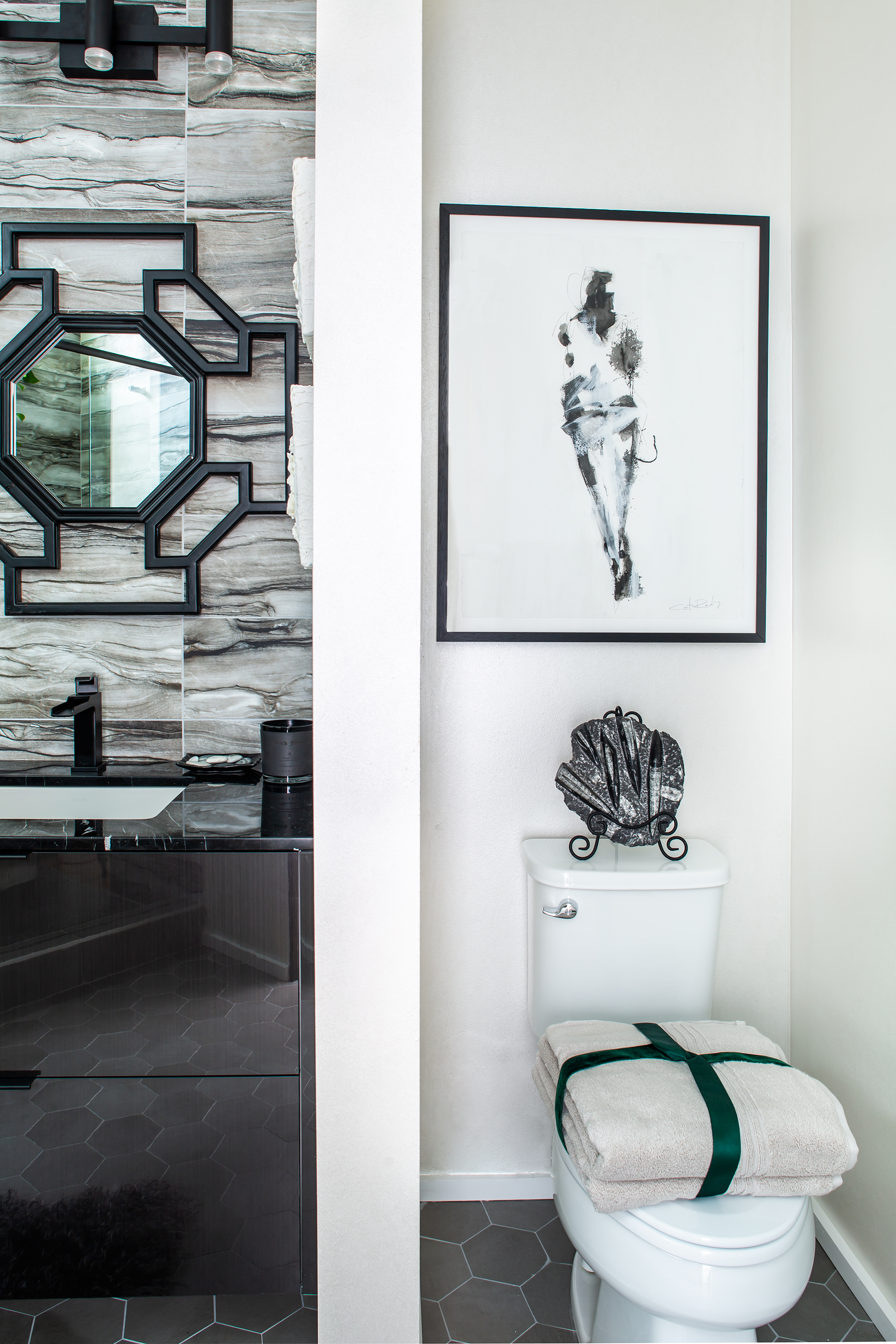 2018 modern style showhouse bathroom | master bathroom | jeff herr photography