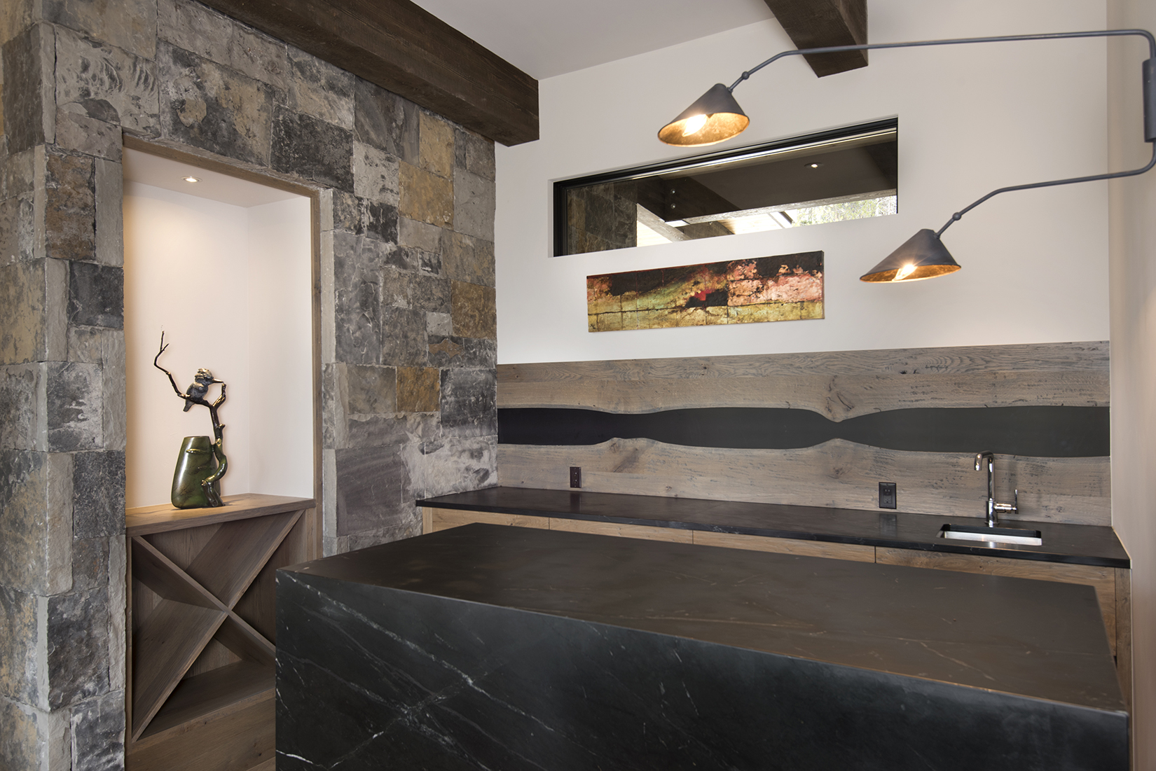 164 Imperial Way, Wet Bar