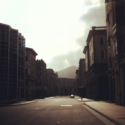 My Friday morning walk through the Universal backlot. Lovely and Perfect.