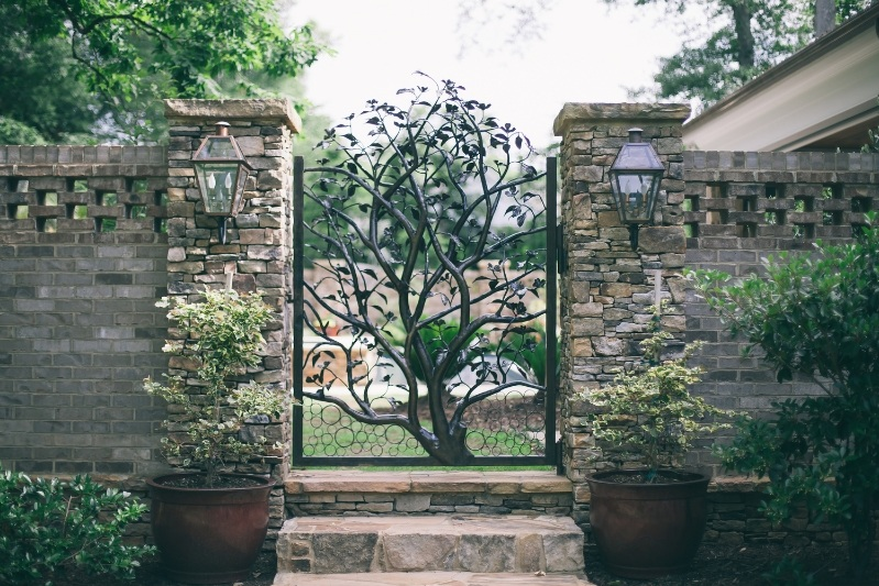 dogwood+tree+gate.jpg
