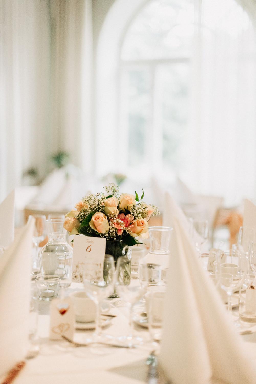 bröllopsfotograf-skåne-bröllop-på-af-borgen-i-lund-aase-pouline261.jpg