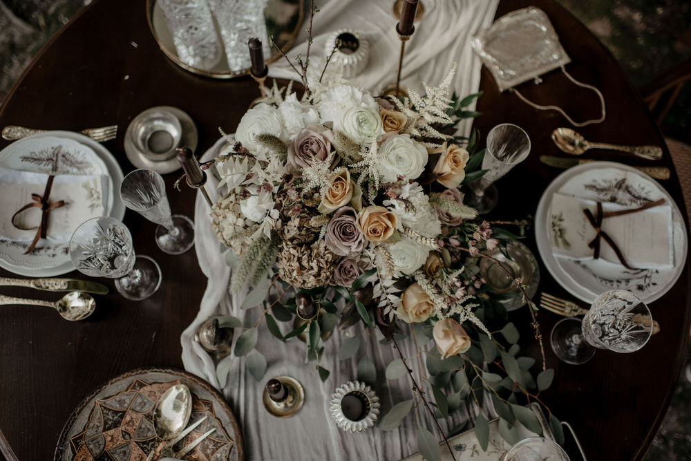 Table decoration at wedding styled by Chacha Wedding Agency in Portugal